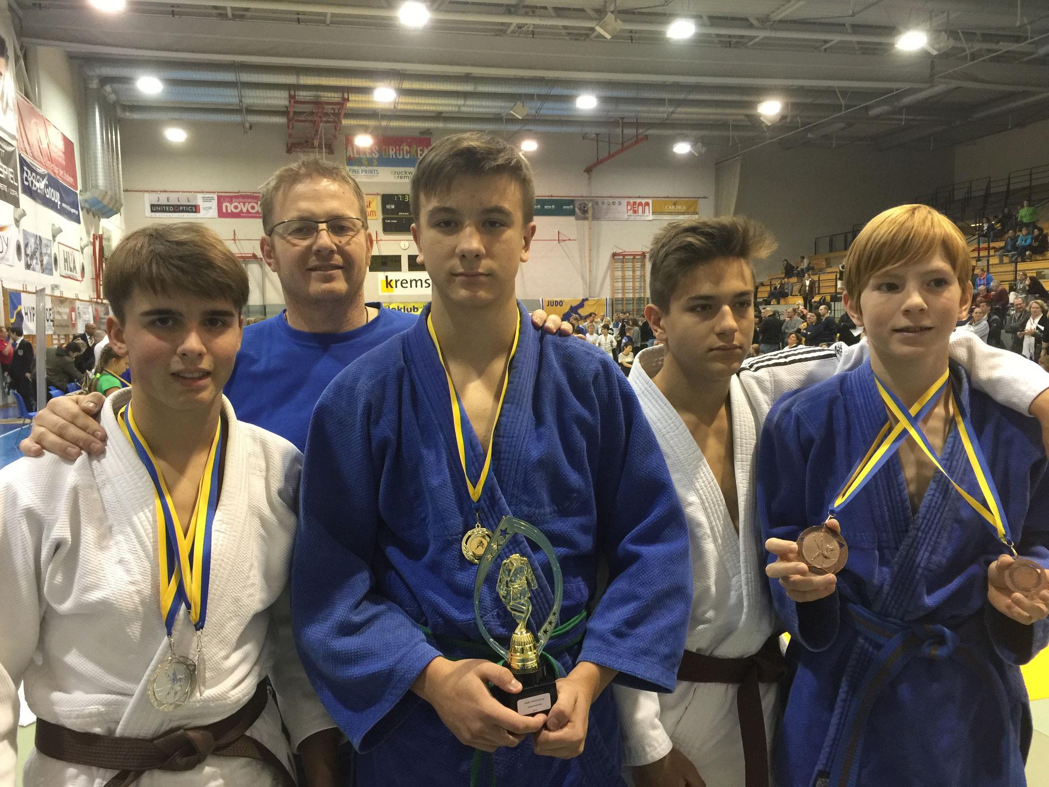 Julian Prenner, Trainer T. Puntigam, Julian Riedinger, Tobias Leyrer, Andreas Puntigam