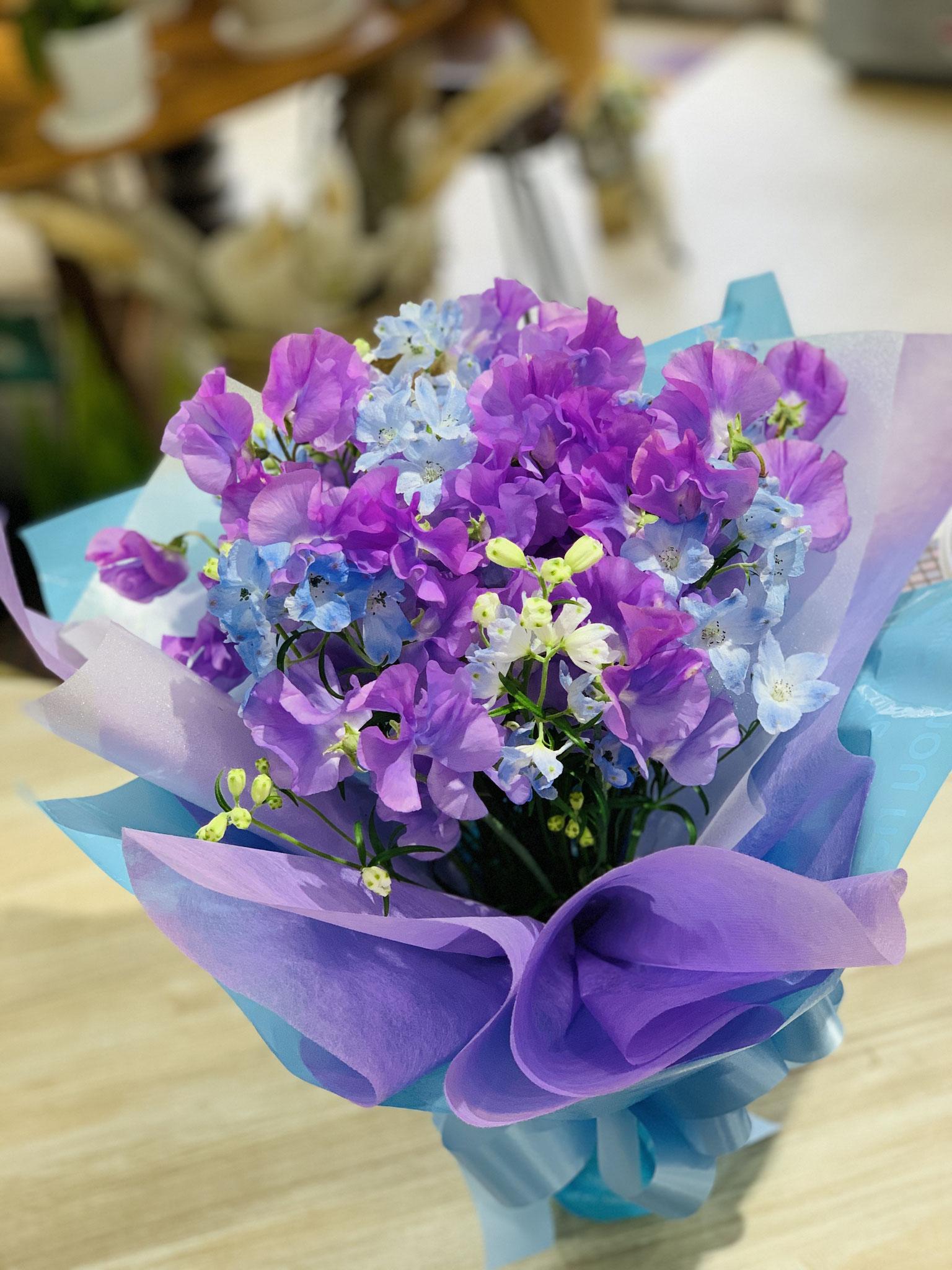 プレゼントしやすい花束はとても人気
