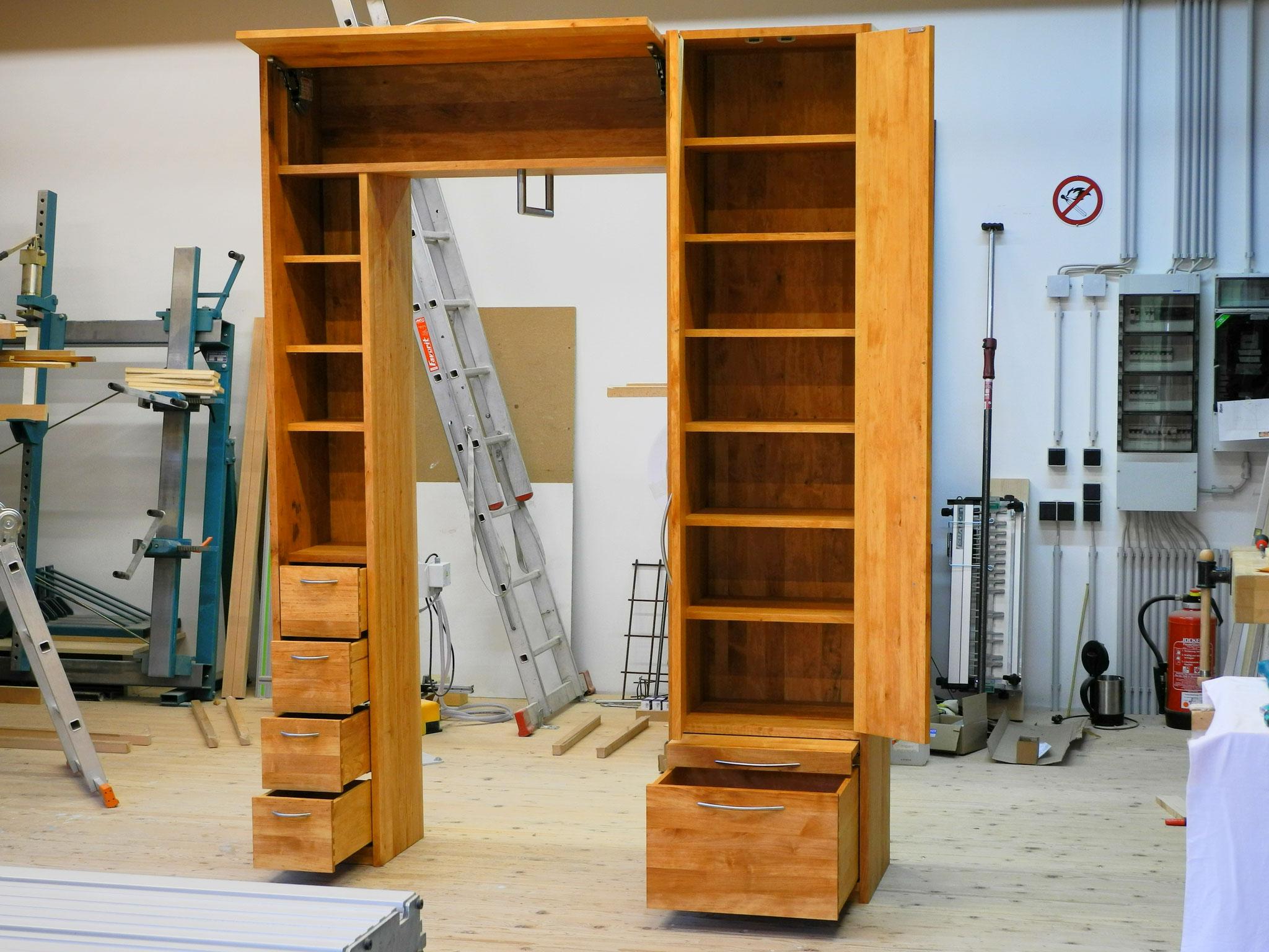 Garderobe in massiver Erle, Probeaufbau in der Werkstatt