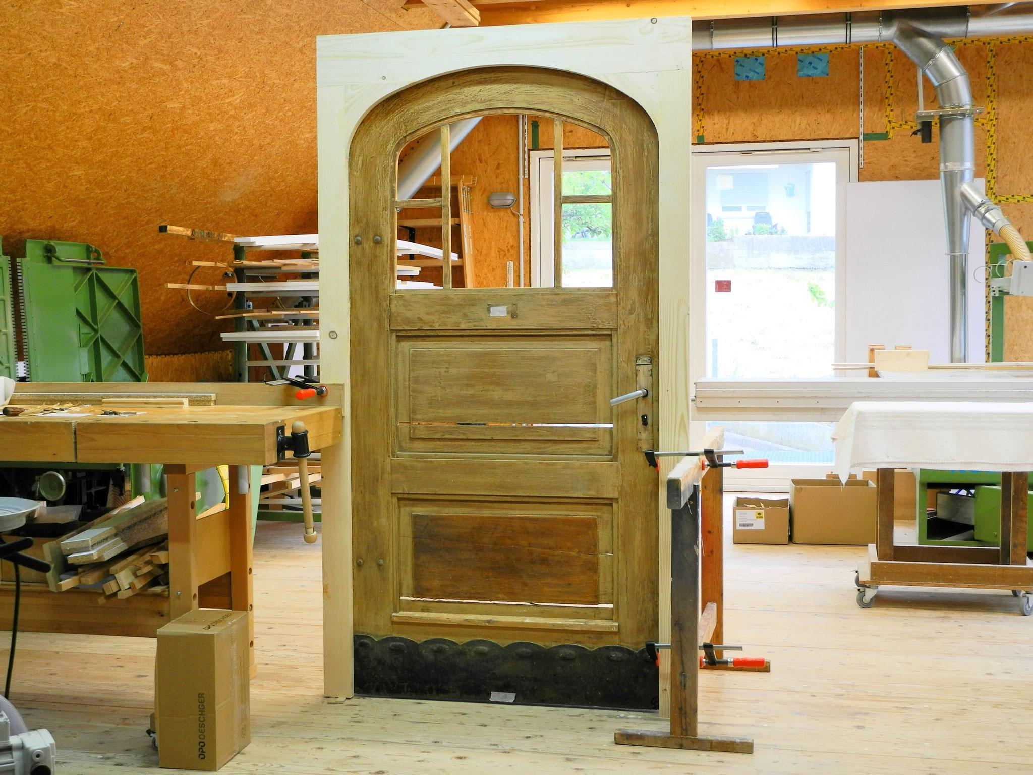 Türrahmen für eine bestehende Tür