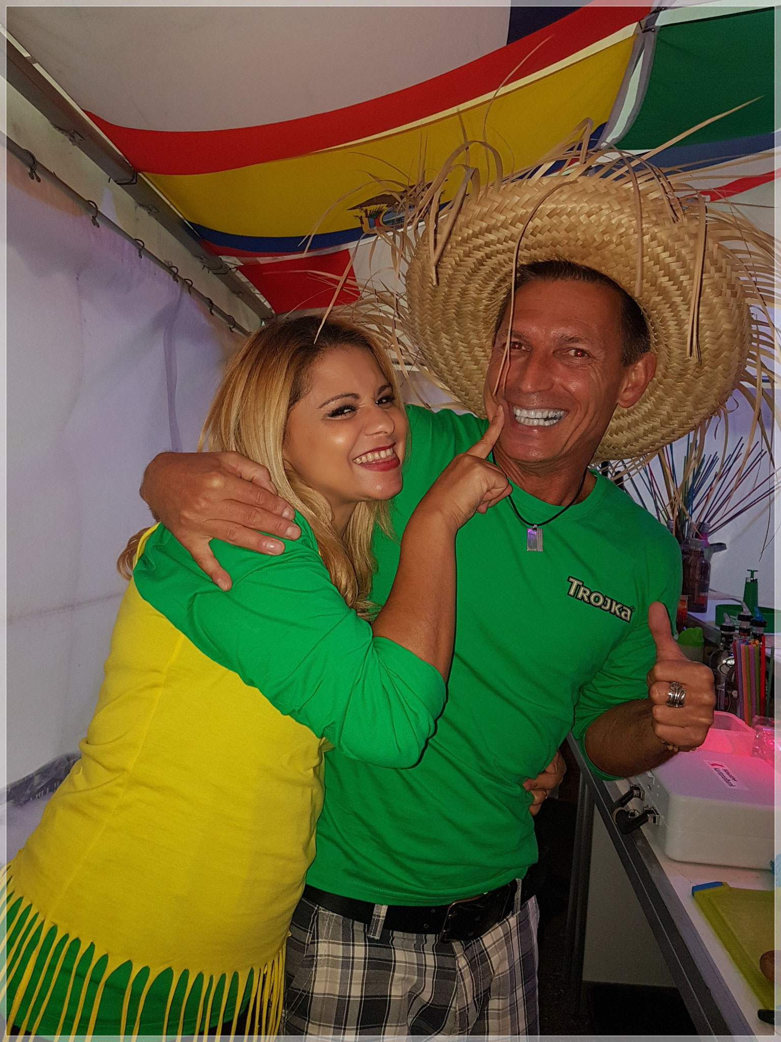 Nanda & Andy