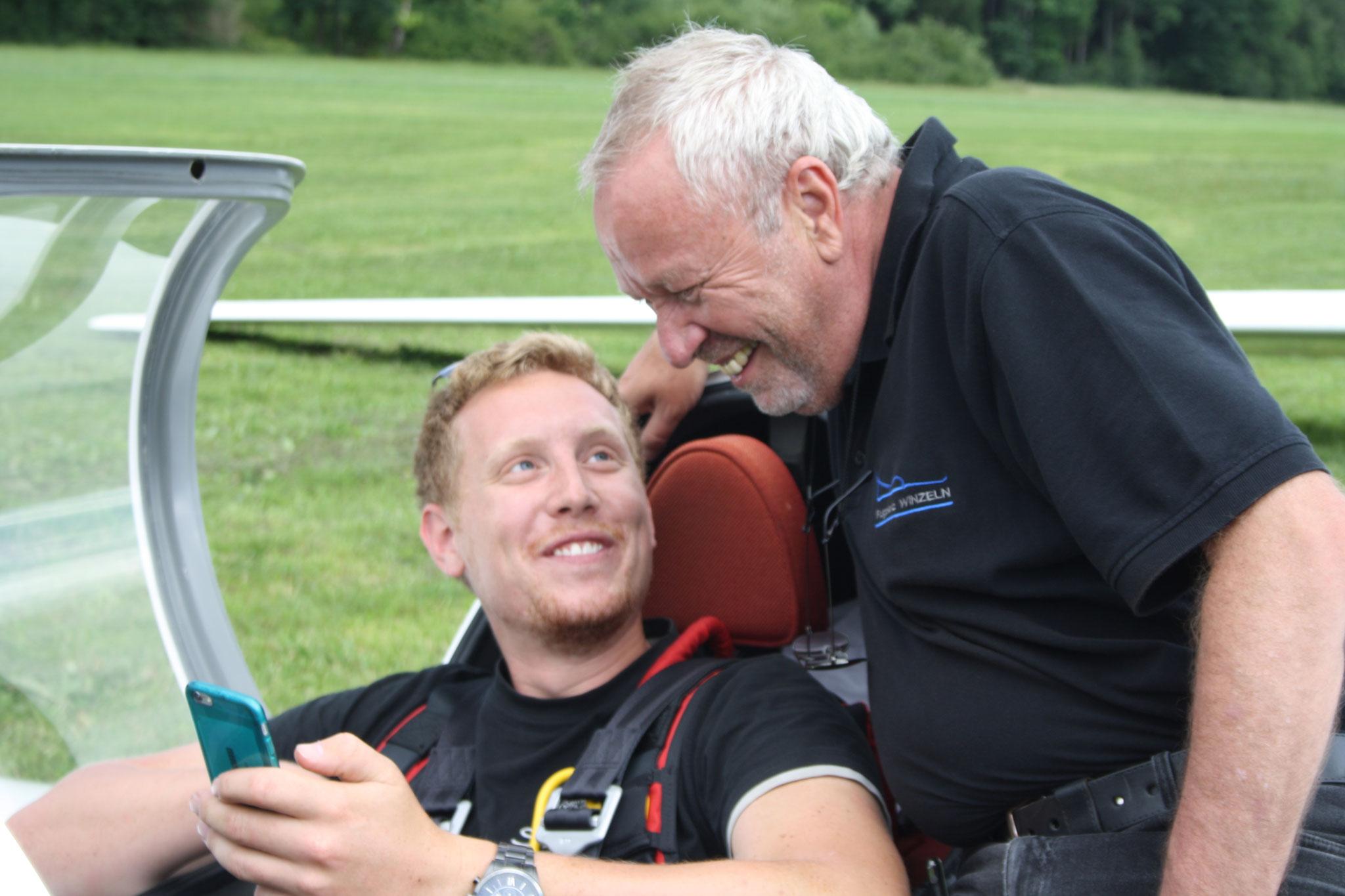 Jungfluglehrer Michi mit Berni