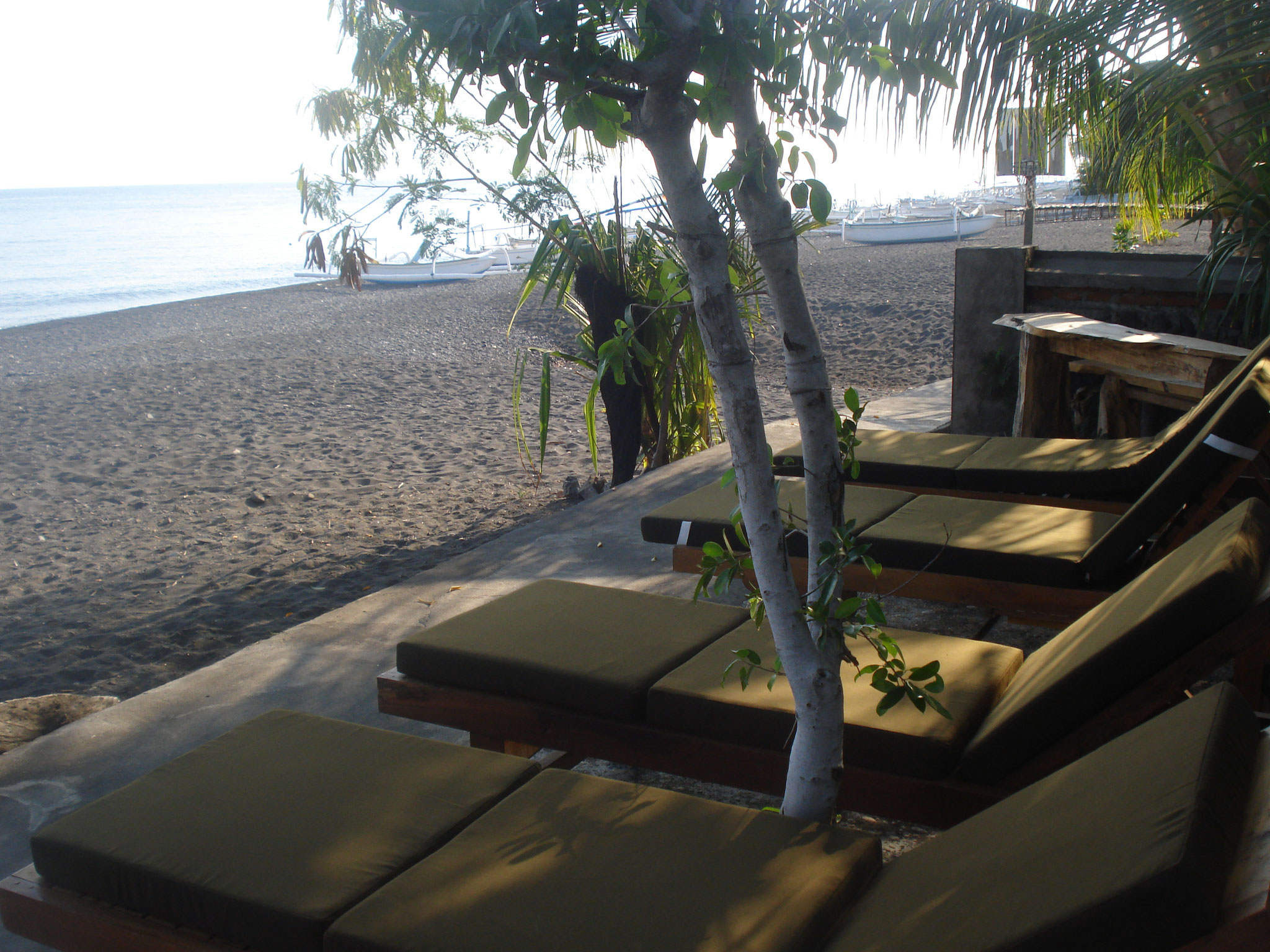 Bulih Beach Bungalows - Beach Terrace