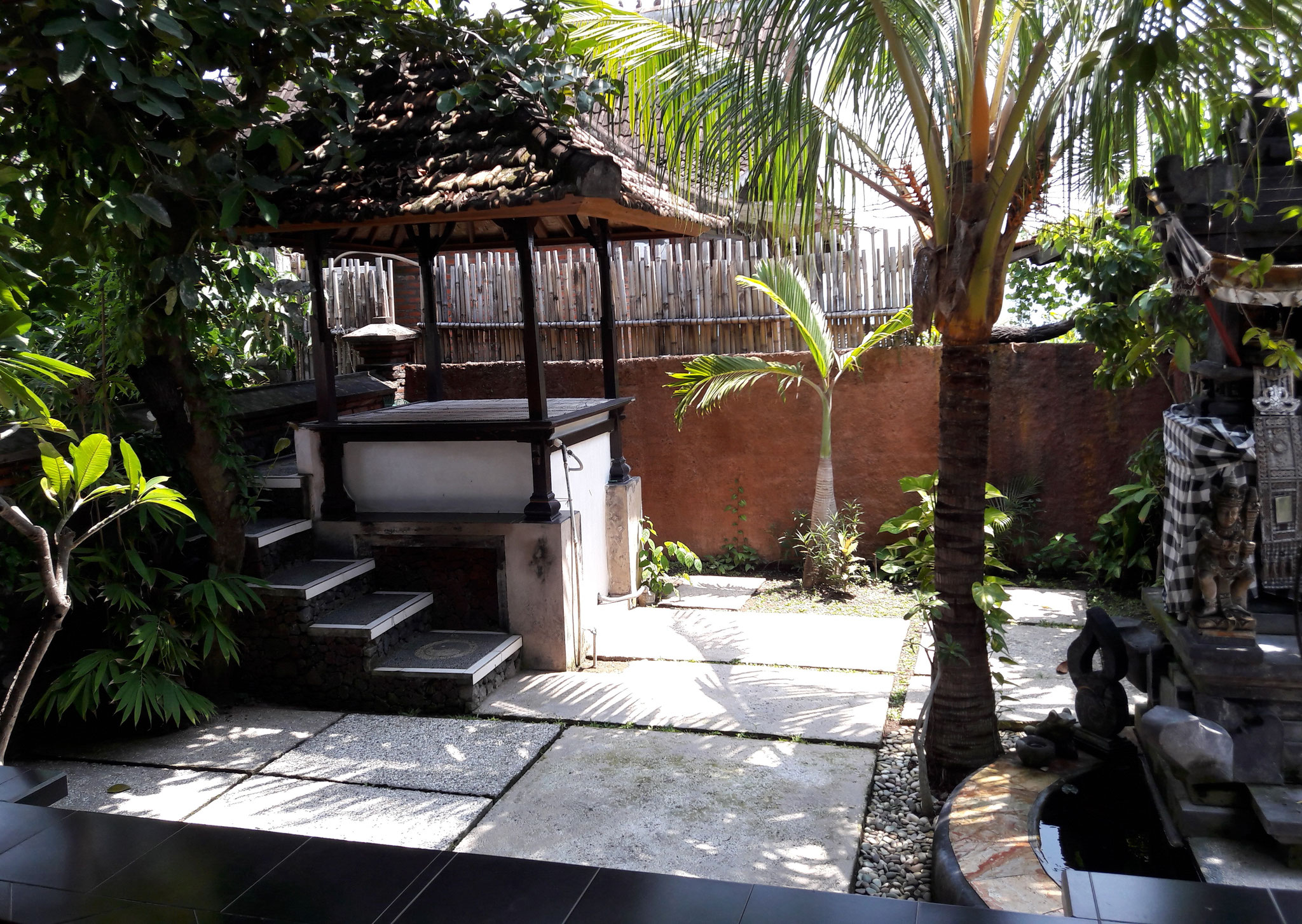 Bulih Beach Bungalows - Room 4 / Garden View
