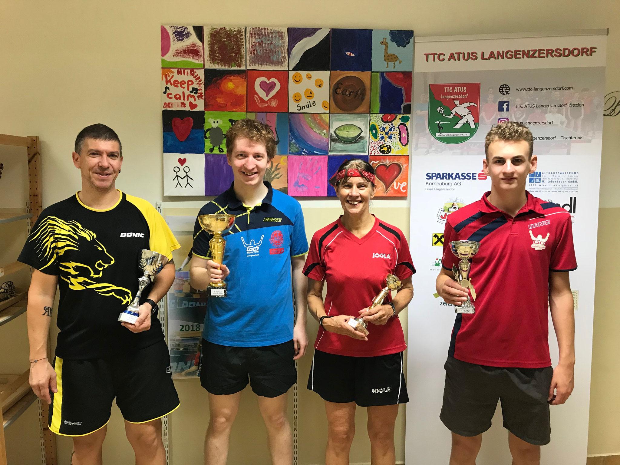 Siegerfoto Bewerb C: v.l.n.r. Manfred Loidl (PER) (Platz 2), Florian Welles (KAI) (Sieger), Sonita Habesohn (EDEN) und Johannes Gstaltner (LENZ) (beide Platz 3)