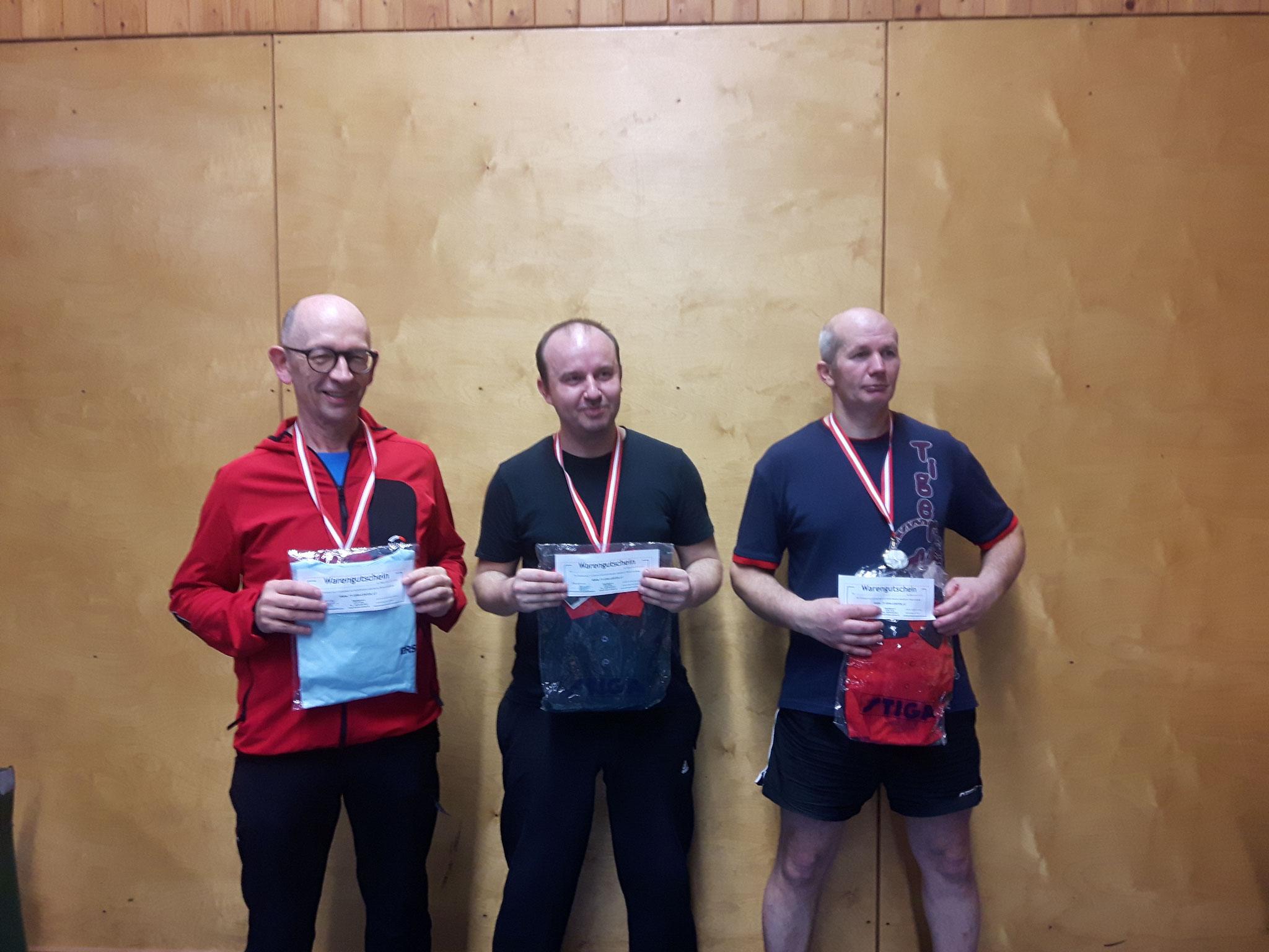 Siegerfoto Bewerb D: v.l.n.r. Karl Krajic (WPAE) (Platz 3), Pawel Piotr Galek (LENZ) (Sieger), Endre Pelsöczi (URAP) (Platz 2)