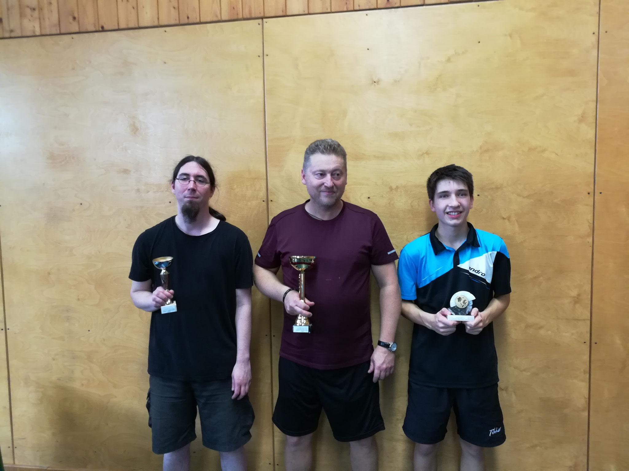 Siegerfoto Bewerb F: v.l.n.r. Michael Müller (Platz 2), Ernst Schlechta (ENZE) (Sieger), Sebastian Auer (SIER) (Platz 3)