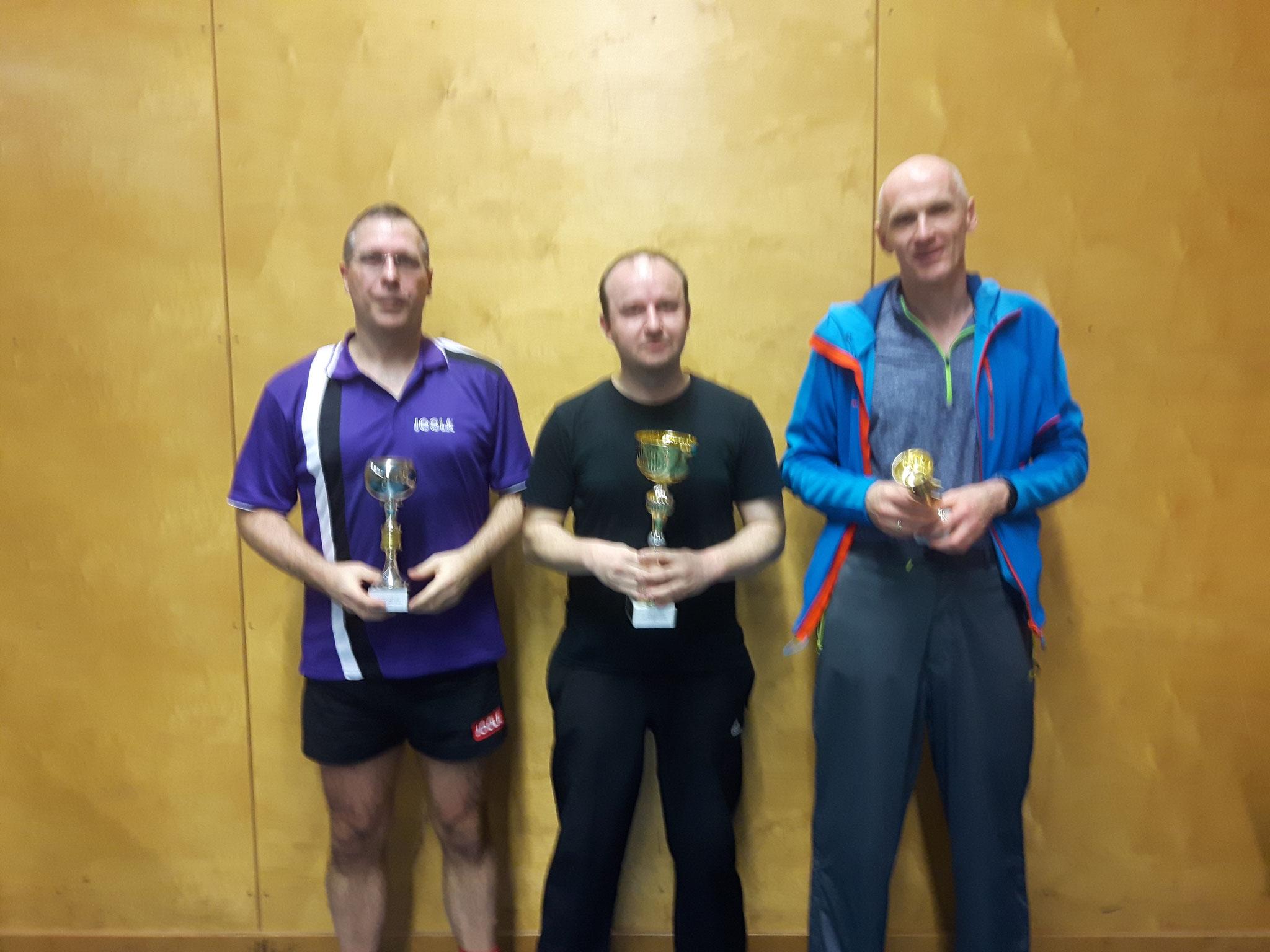 Siegerfoto Bewerb D: v.l.n.r. Christian Börner (WPAE) (Platz 2), Pawel Piotr Galek (LENZ) (Sieger), Roland Reisch (TULL) (Platz 3)
