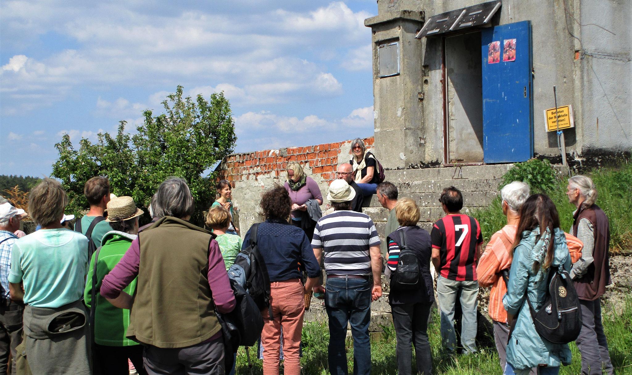 Infos am alten DDR-Wachturm (Foto Ralf Minderlein)