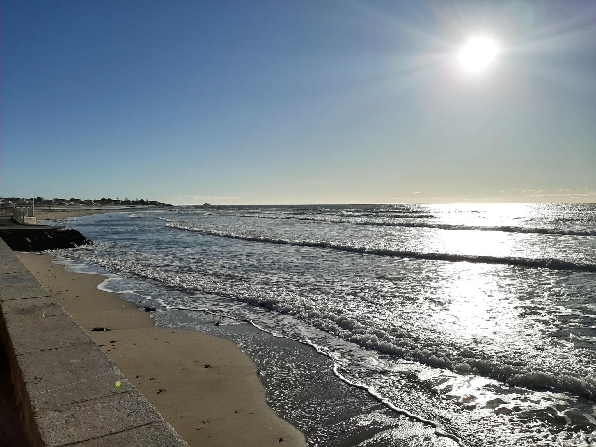Un samedi de décembre à la plage.