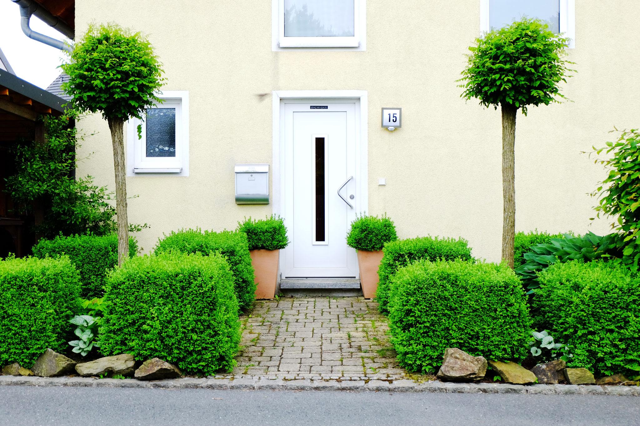 Eingangssituation Hausgarten Hof/Saale