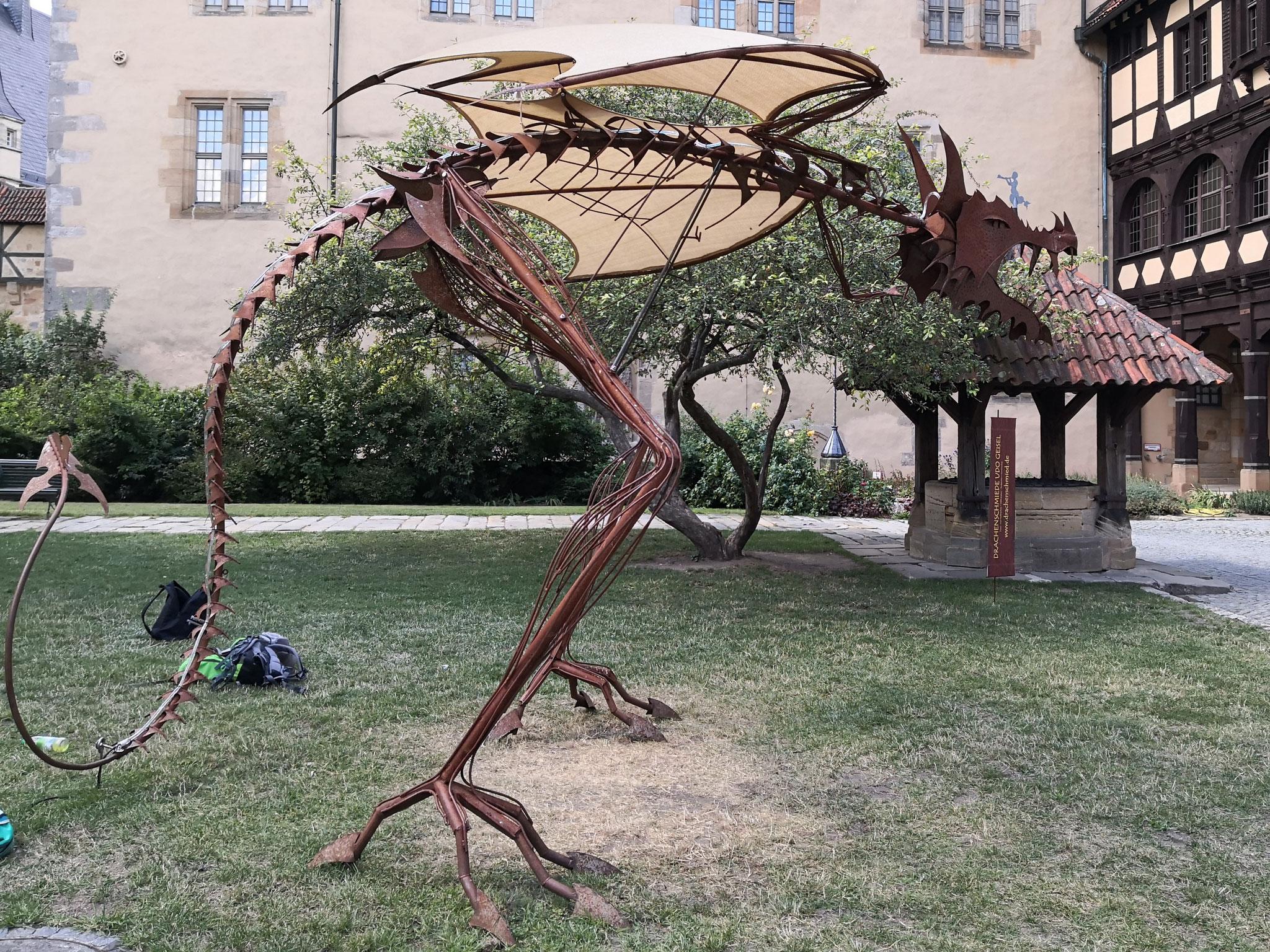 Sonderausstellung Drachenblut und Heldenmut: Skulptur von Udo Geisel aus Marburg
