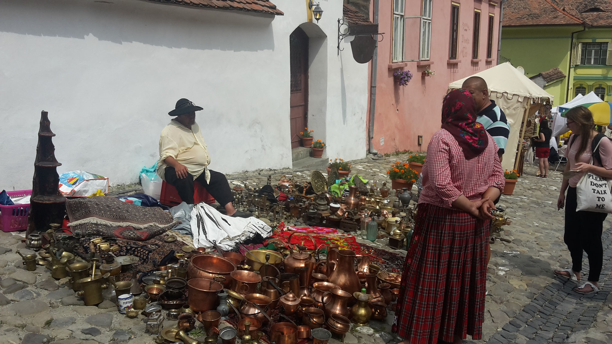 vendedores de la etnia Roma