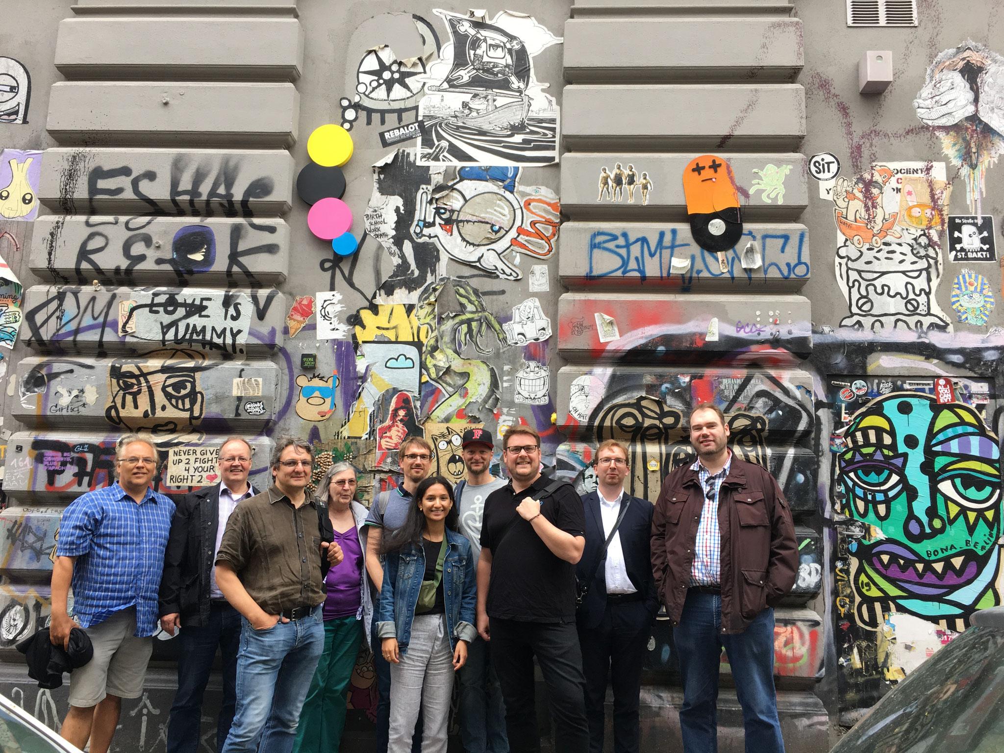 Gruppenfoto in der Rosenhofstraße