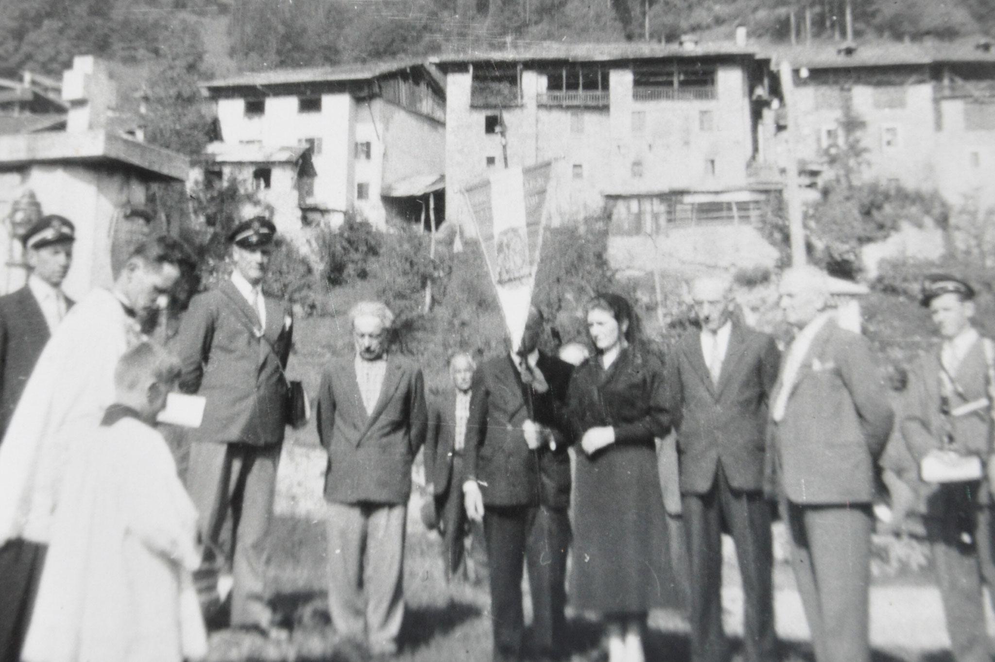 1957 Benedizione gagliardetto