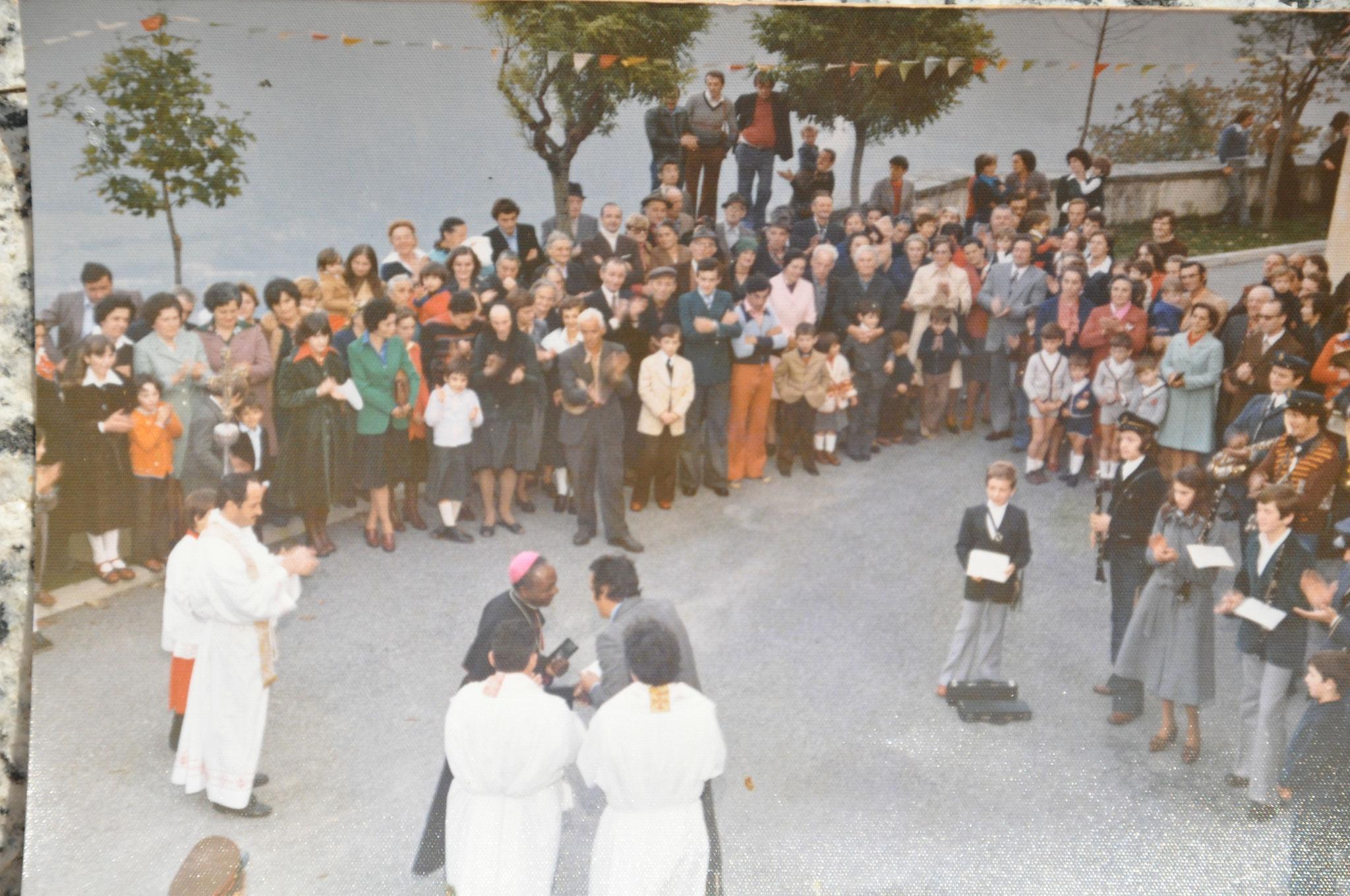 1975 In chiesa per vescovo ugandese