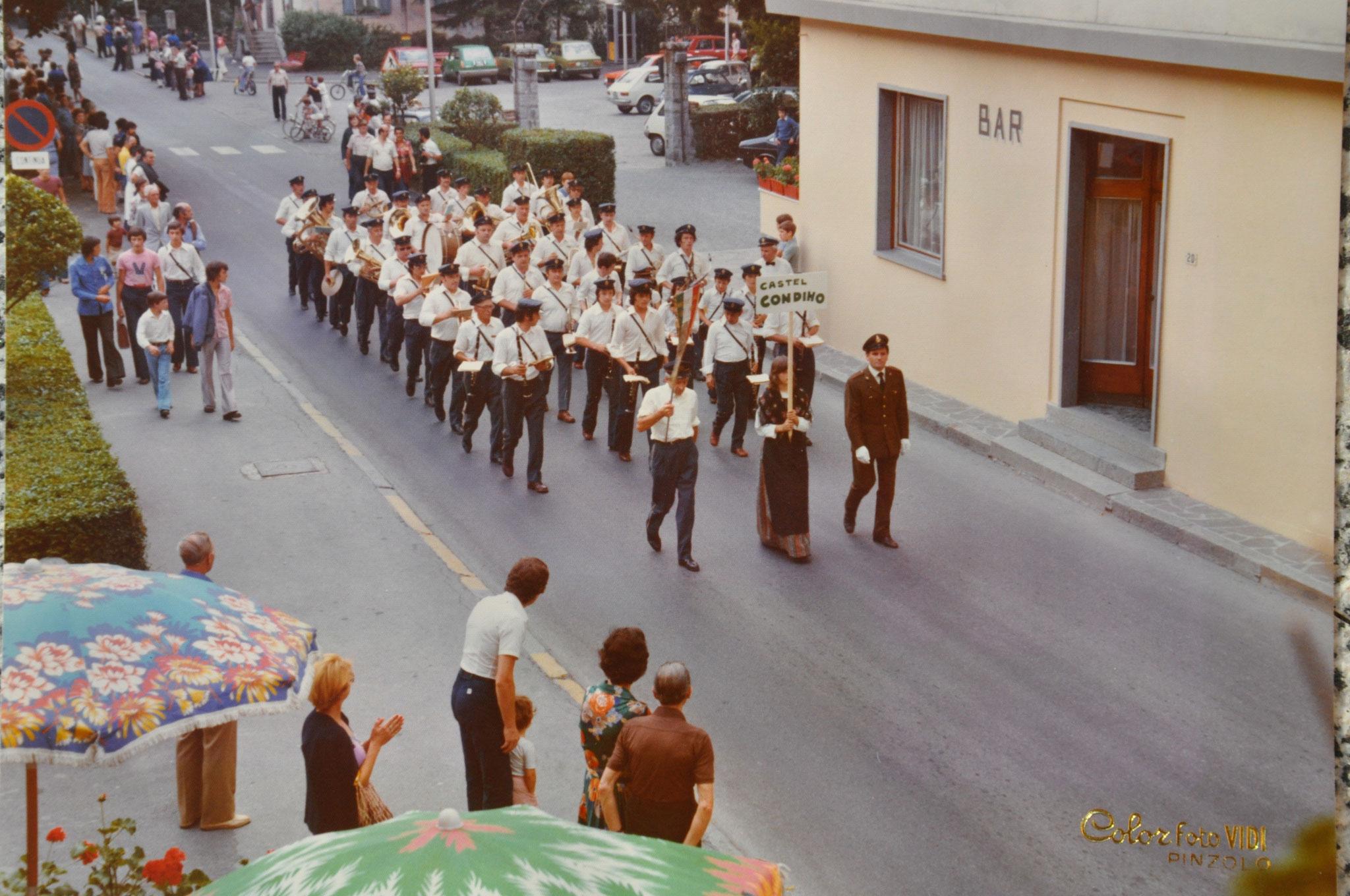 1977 Sfilata a Pinzolo