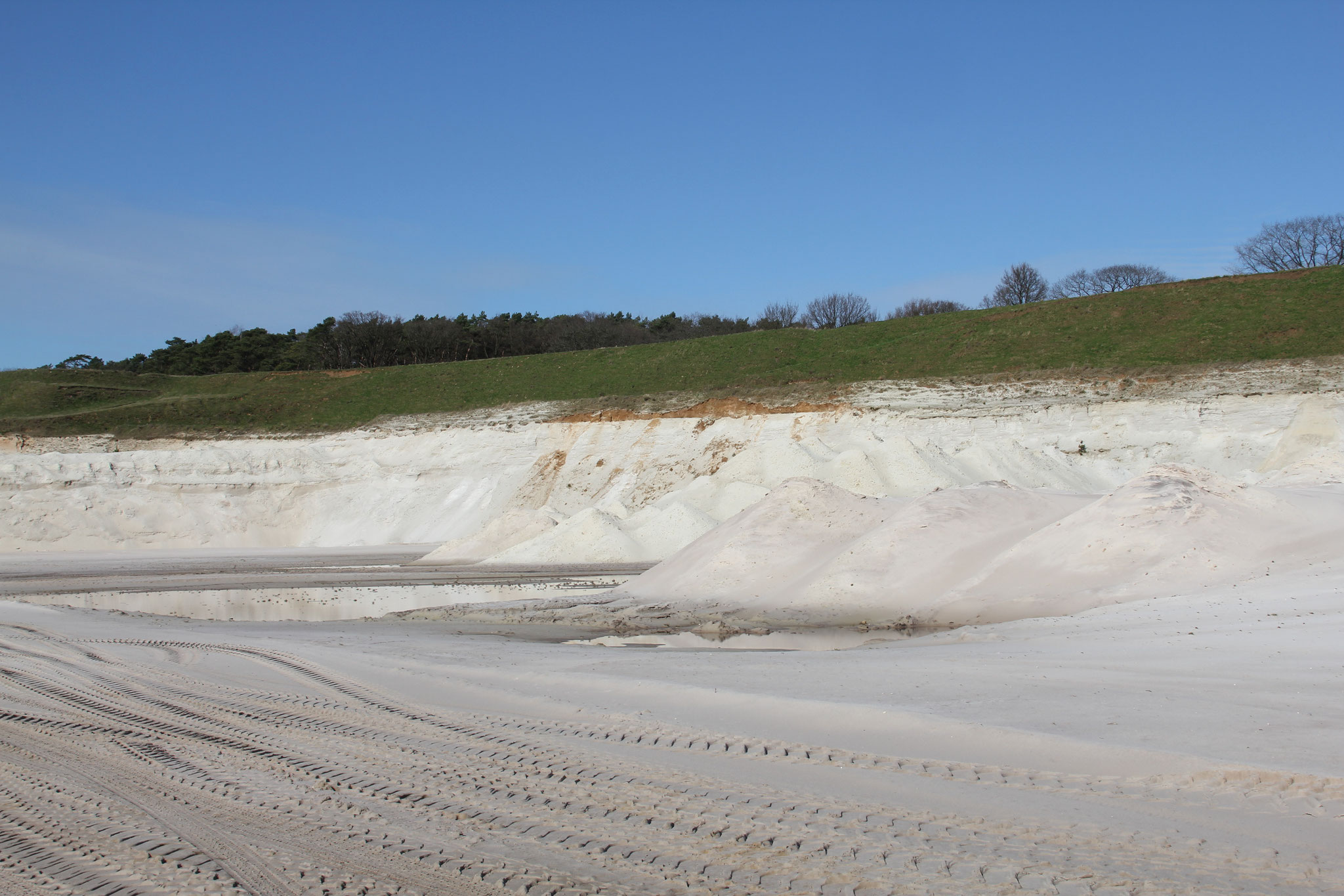 De huidige zandgroeve van Sibelco