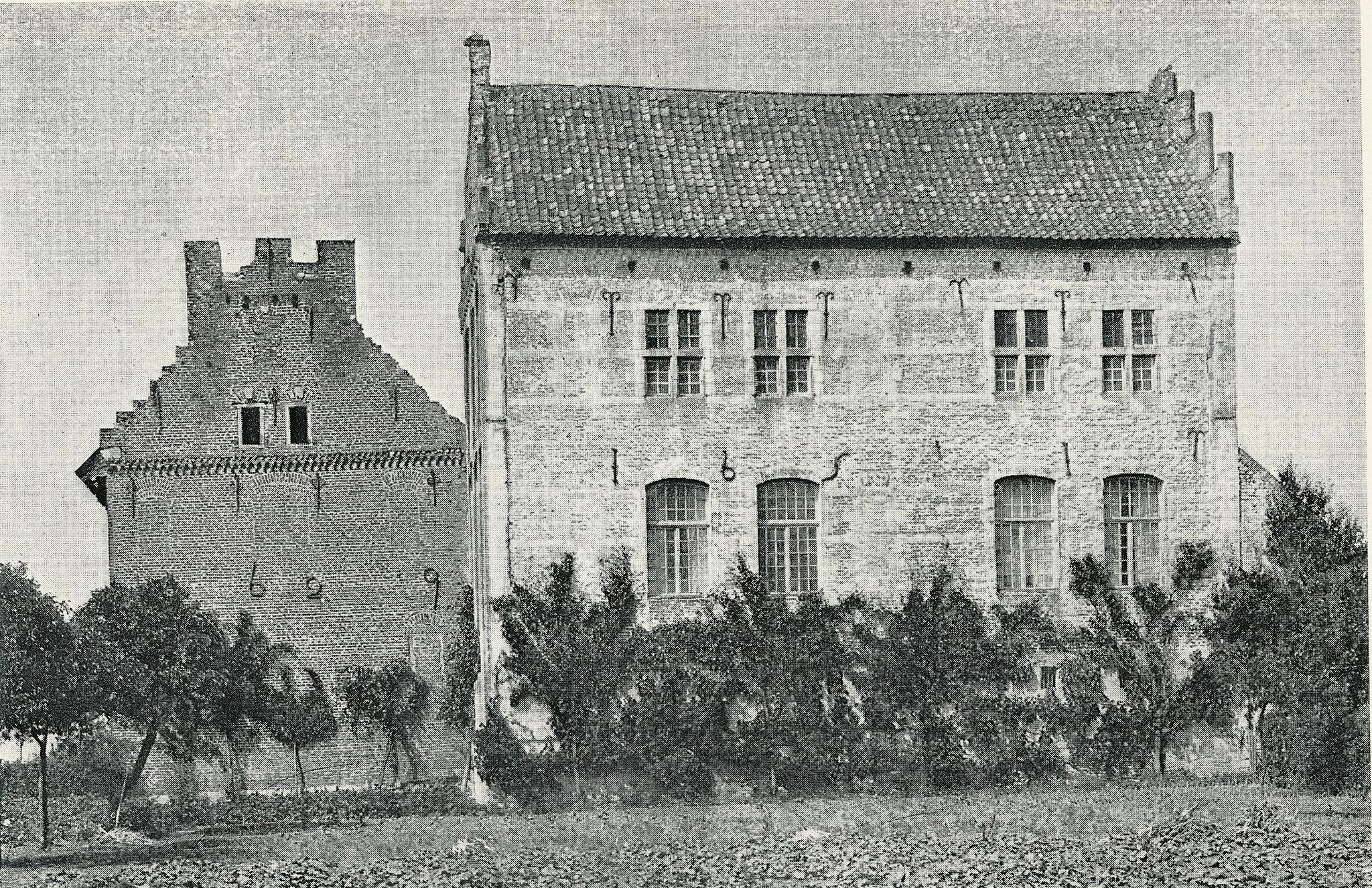 Foto van het kasteel uit 1896.