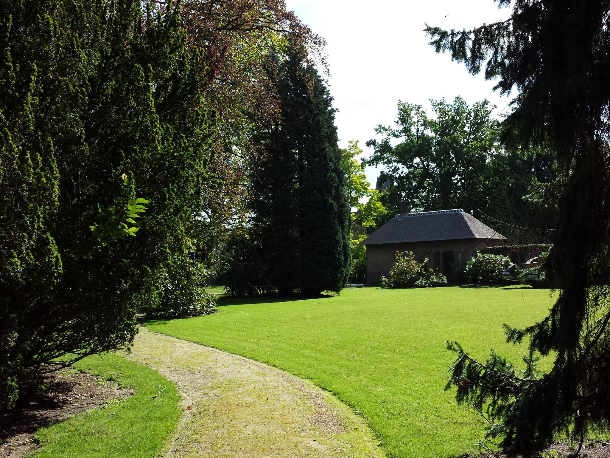 Impressie van de tuin na de parktuin.