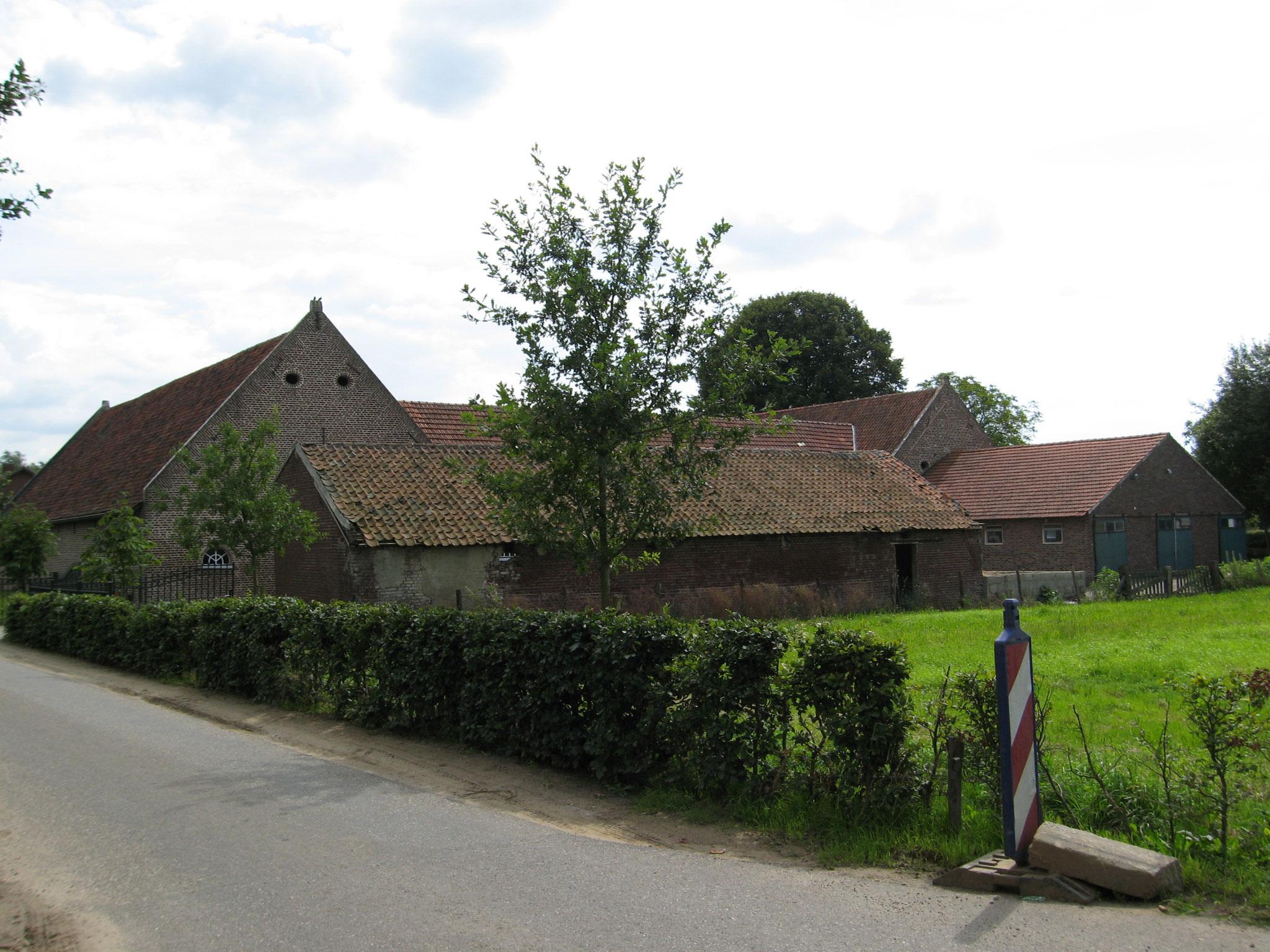 Boerderij de Kloosterhof te Asenray.
