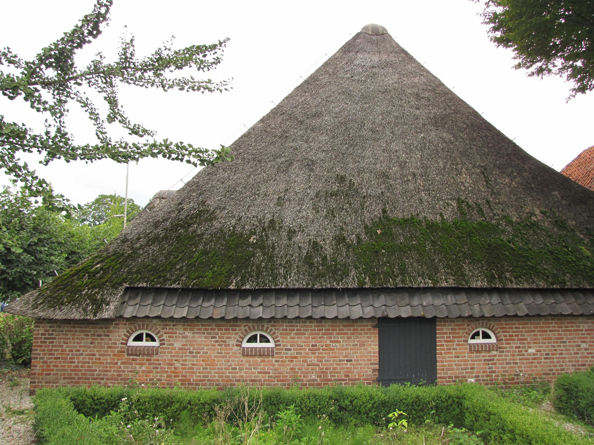 Achtergevel van het achterhuis, opnieuw opgetrokken in 1979.