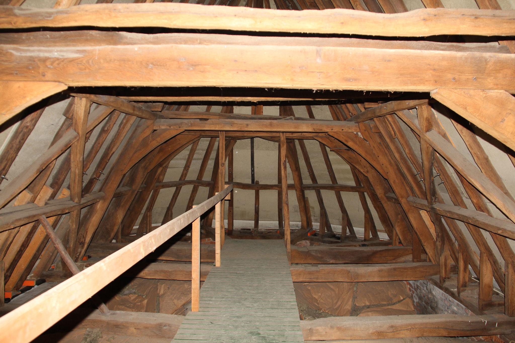 Zestiende- of mogelijk zelfs vijftiende-eeuwse kap van de kapel.