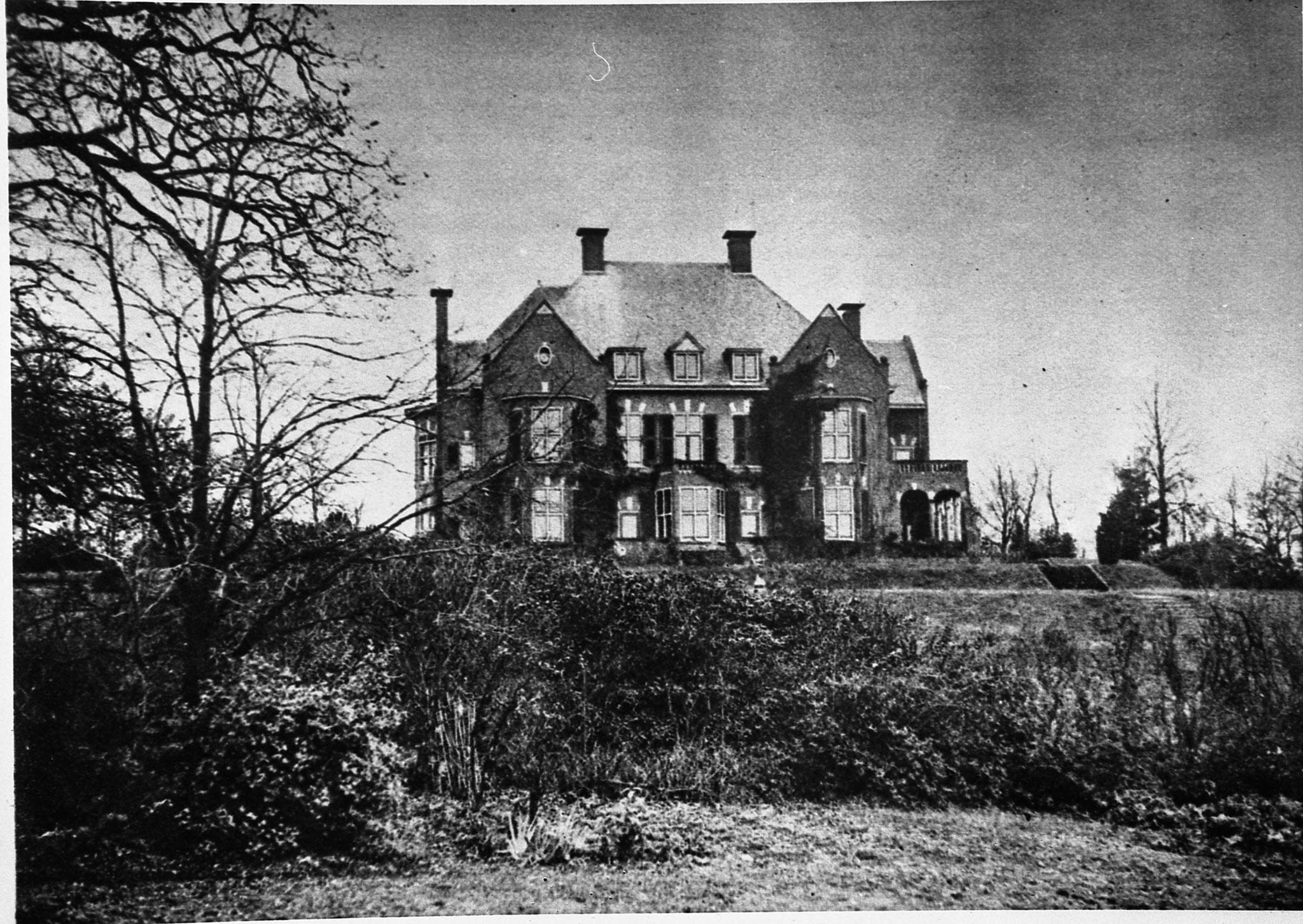 Landhuis Heselbergh, rond 1920. Ontwerp J.W. Hanrath, tuinontwerp L.A. Springer (bron: Gelders Archief).