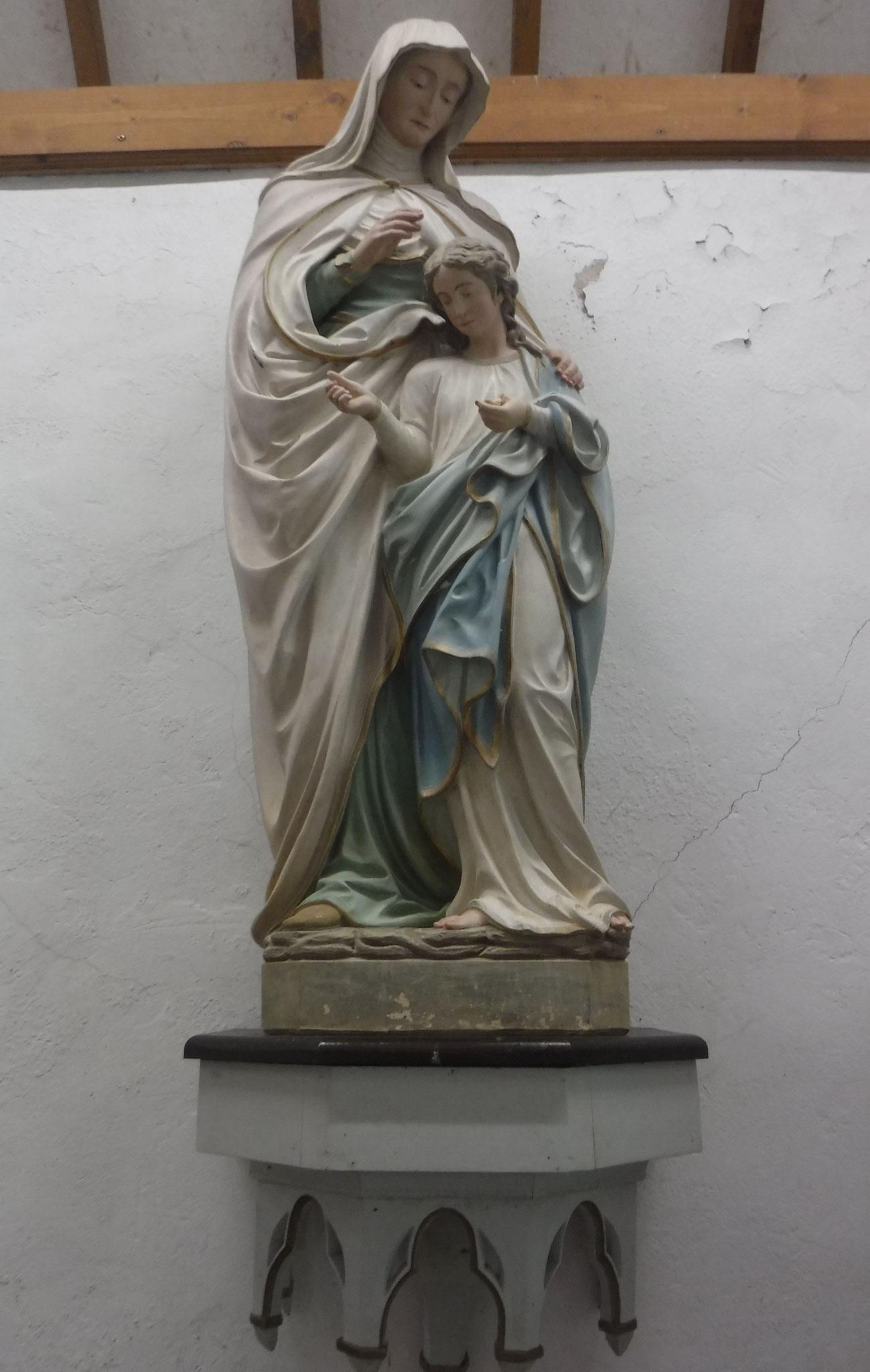 Statue de Sainte Anne et de la Vierge Marie
