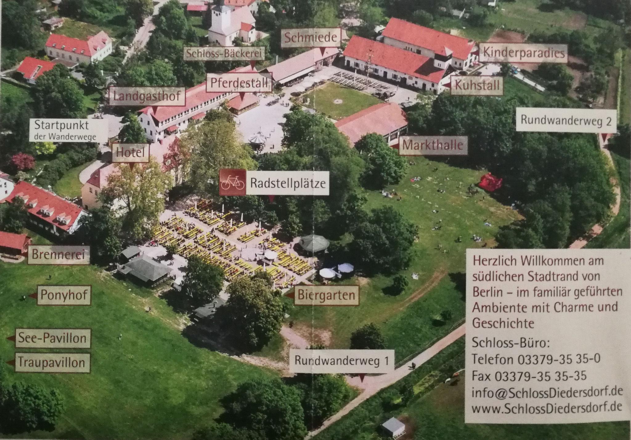 Das Schloss-Areal u.a. mit Hotel, Restaurant, Café, Biergarten, Veranstaltungsräumlichkeiten, Angeboten für Kinder