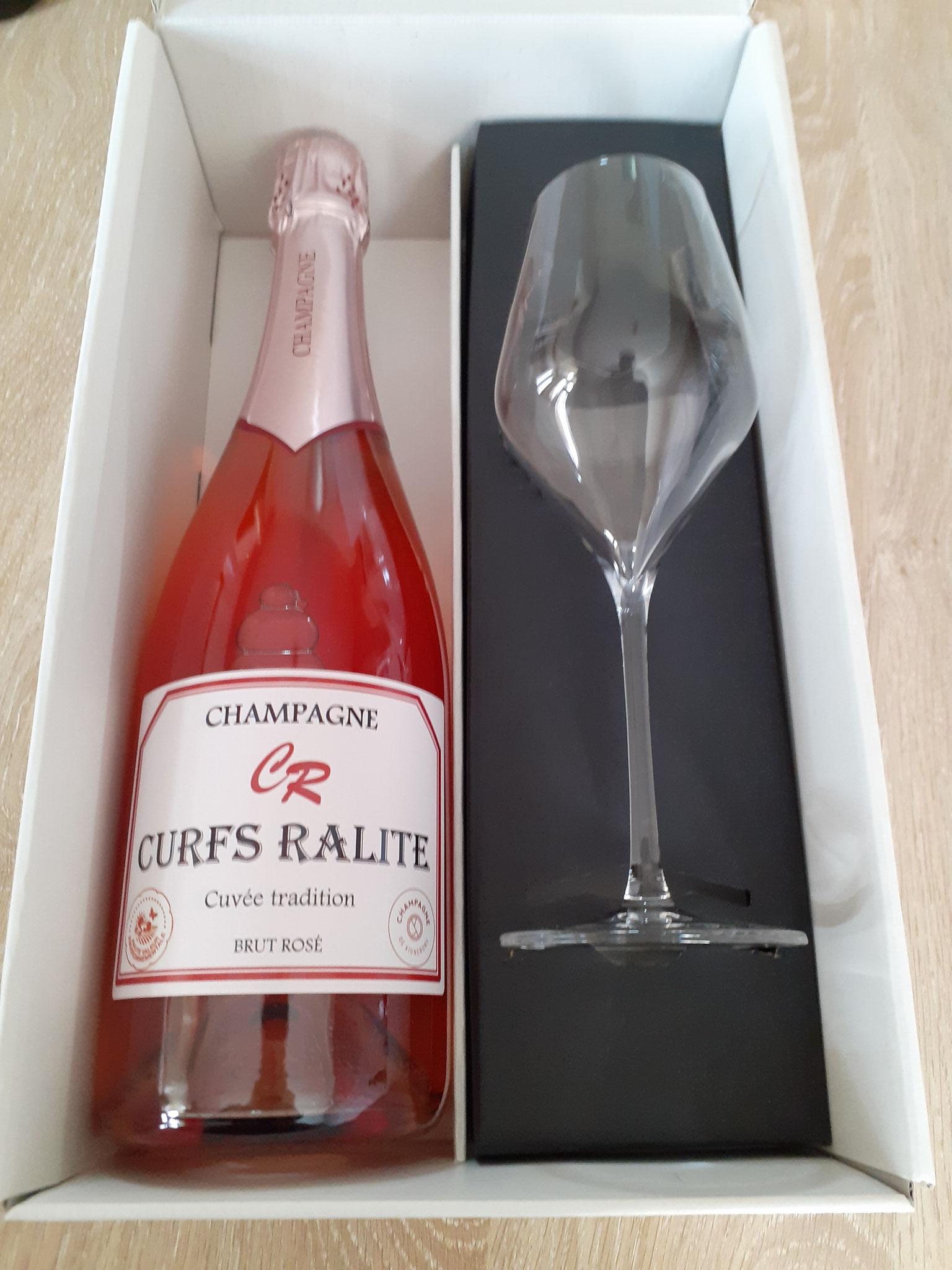 Coffret 1 bouteille de champagne rosé + 1 flûte