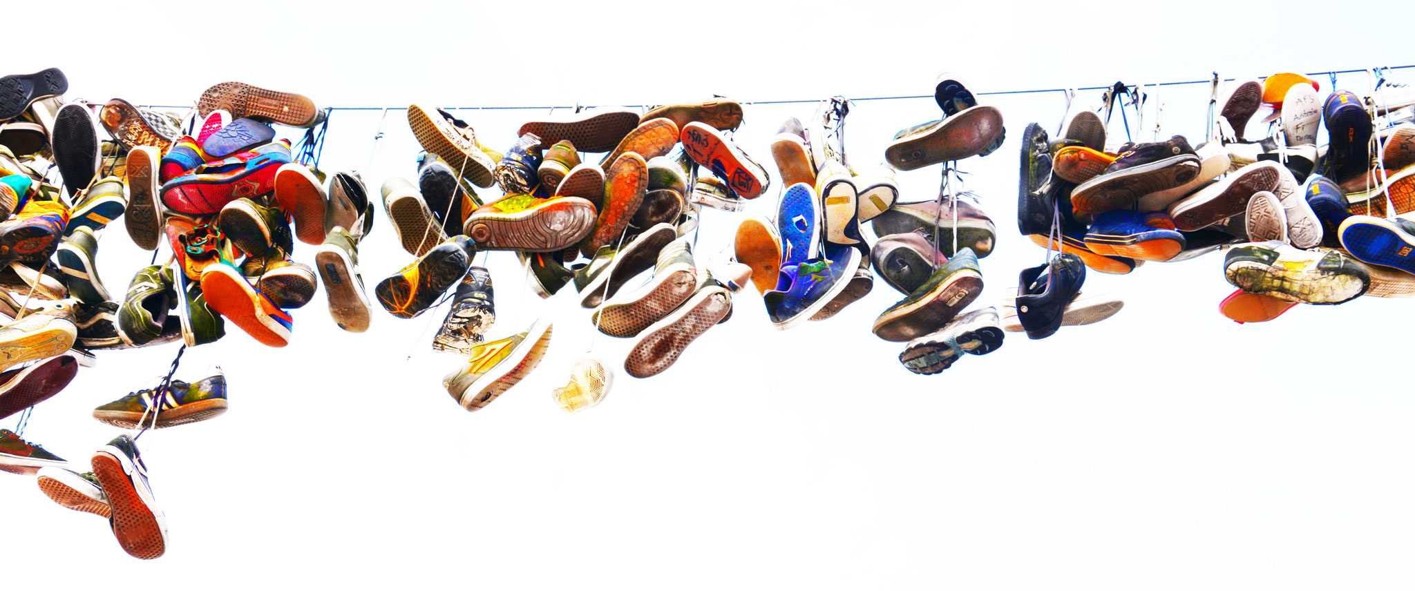 HANGING[shoes]
