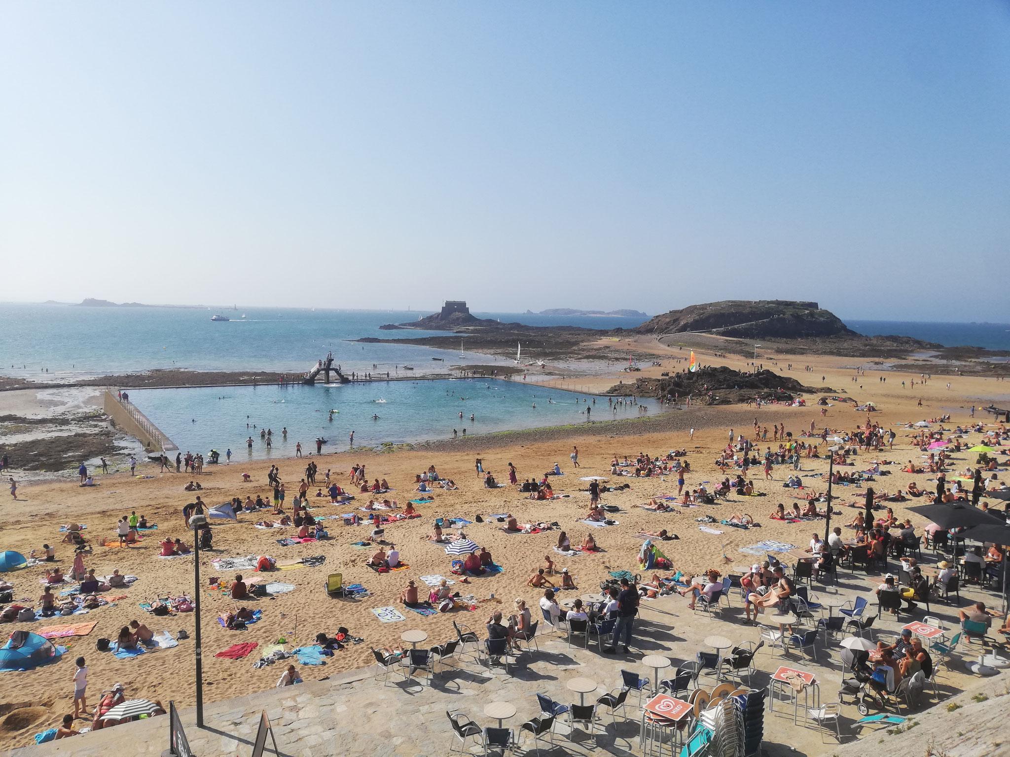 Dinan (22), août 2020 (enfin bon c'est St Malo mais c'était pas très loin... où sommes-t-ils?)