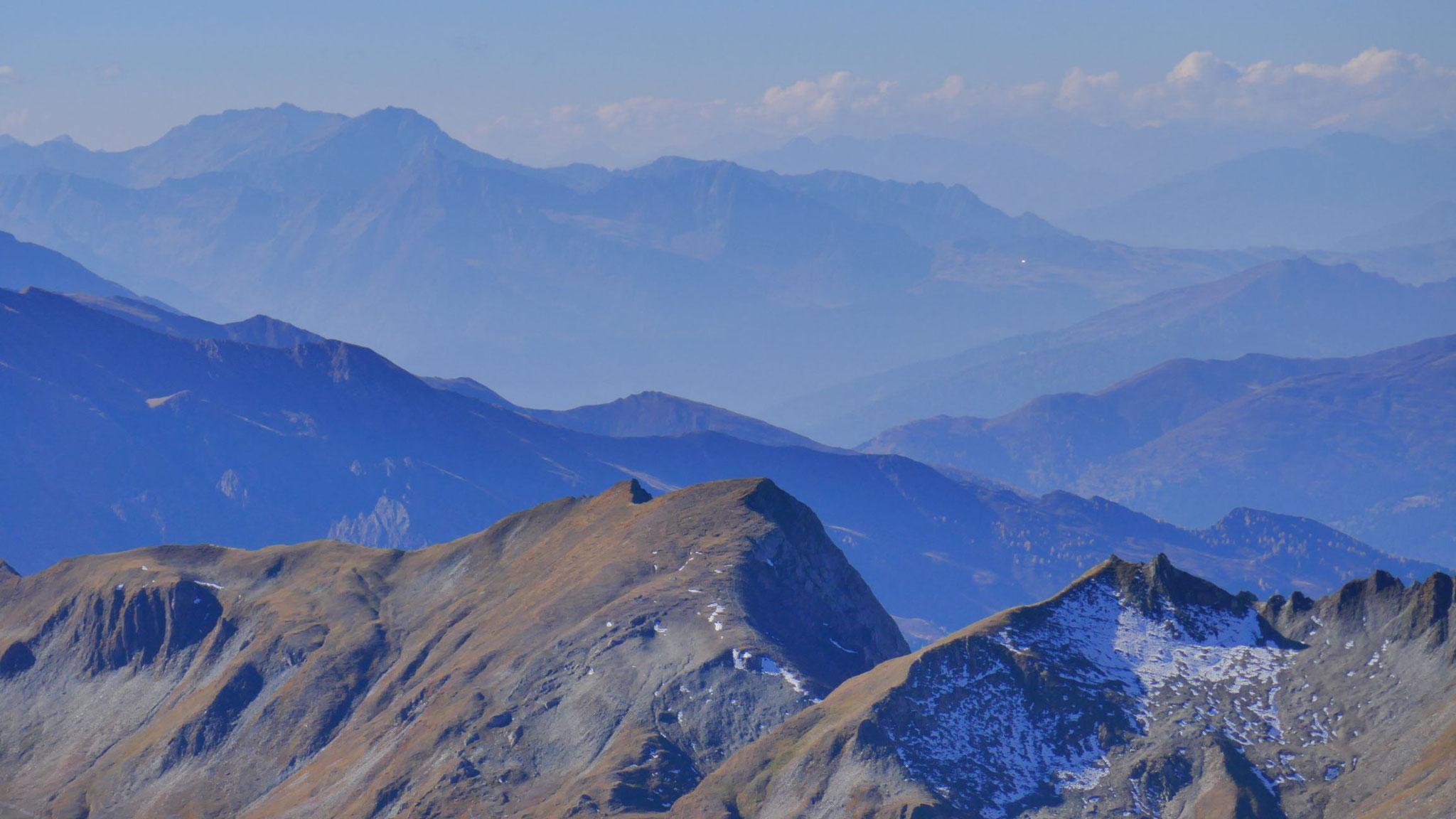 Über das Sterzinger Becken in die Sarntaler Alpen