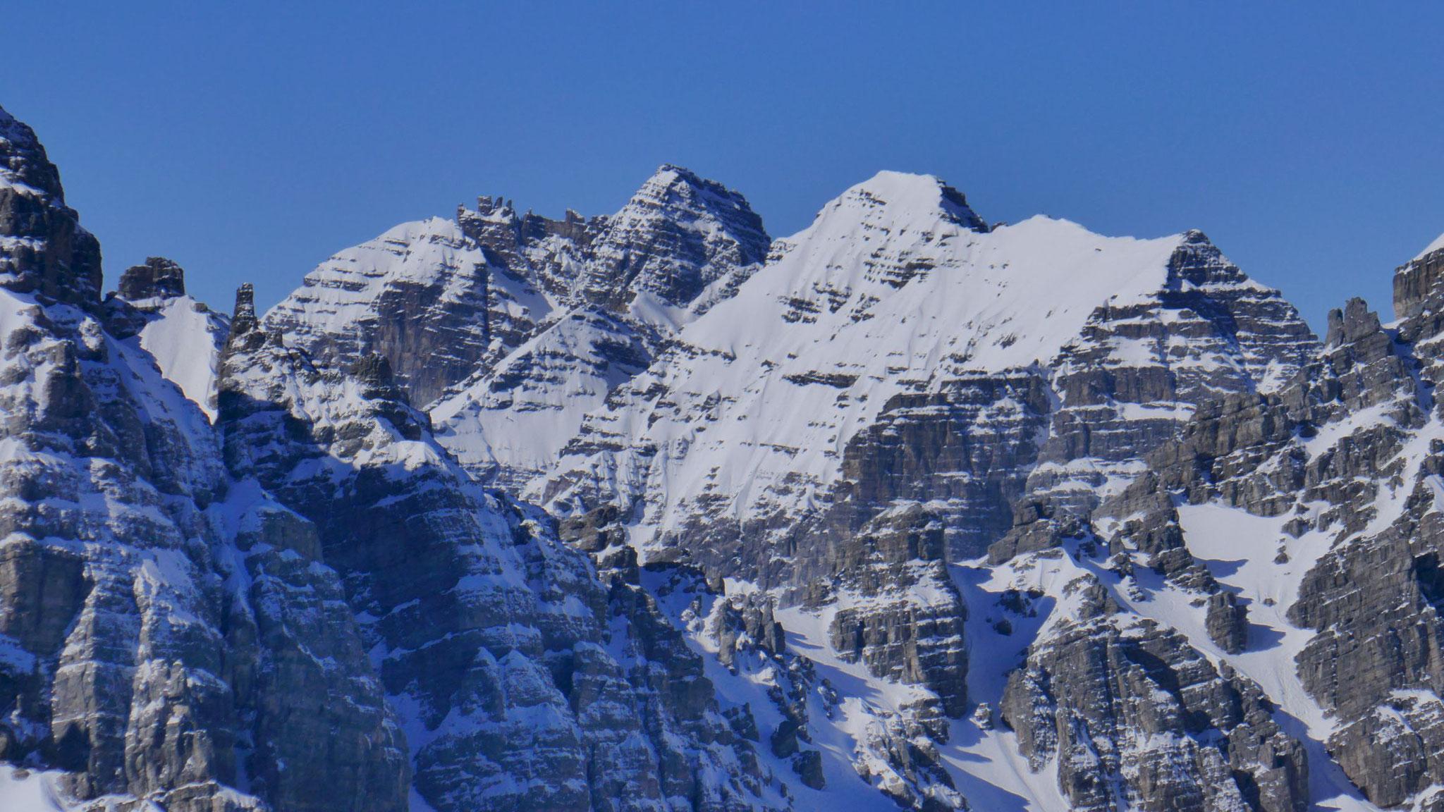 Zoom auf Ochsenwand, Riepenwand und Seespitze