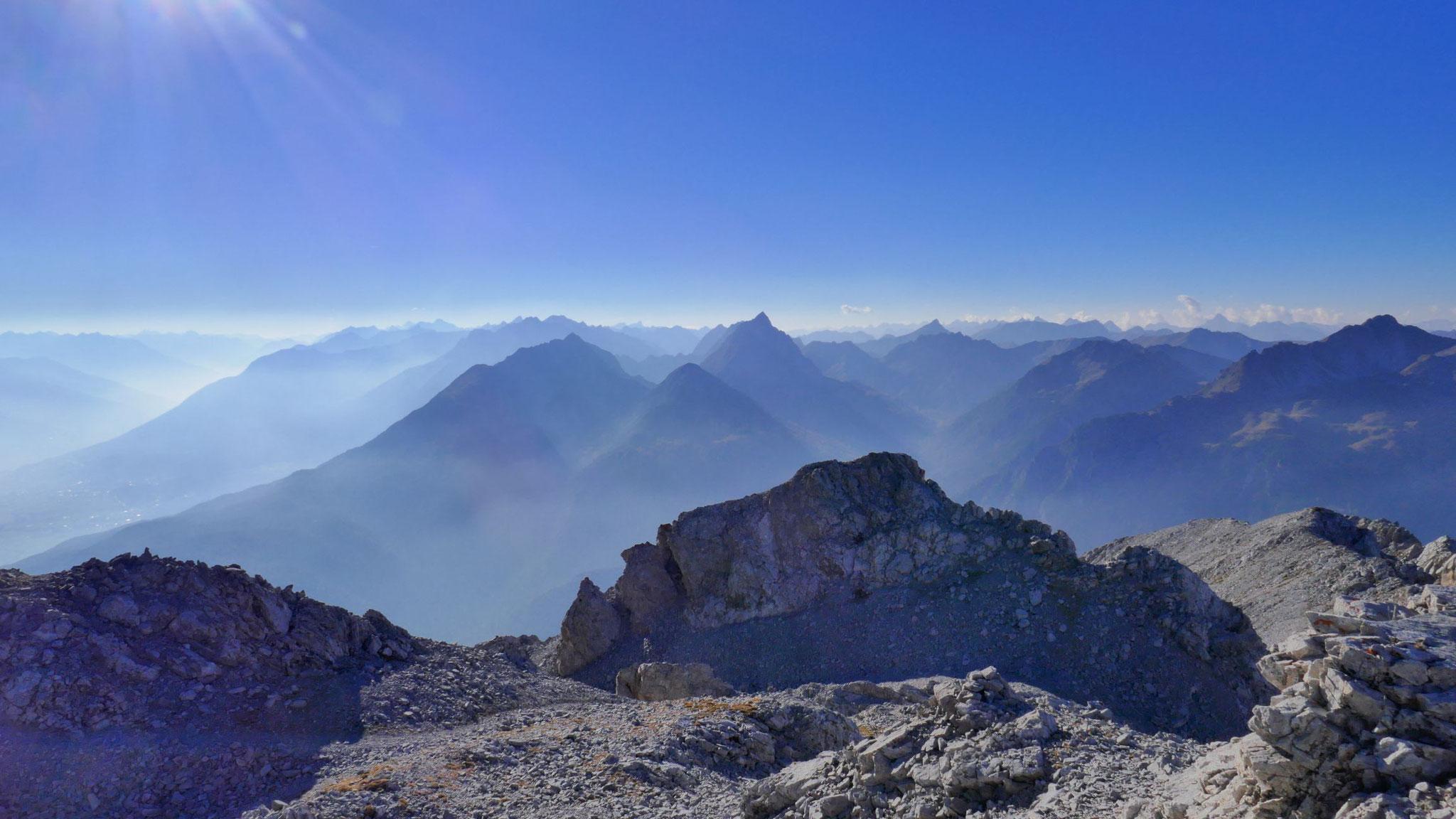 Lechtaler Alpen im Westen