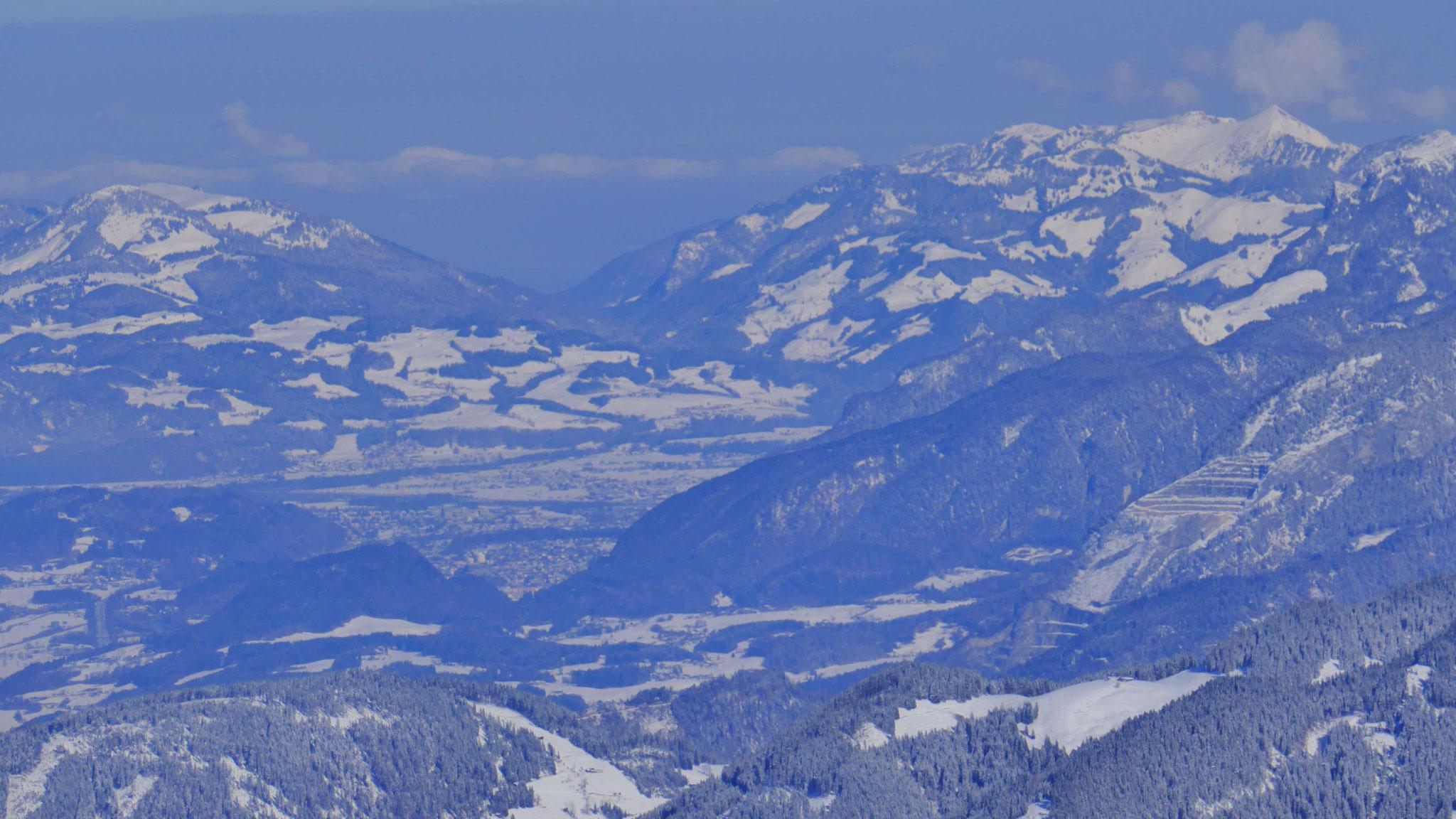 Kufstein, dahinter Chiemgauer Alpen