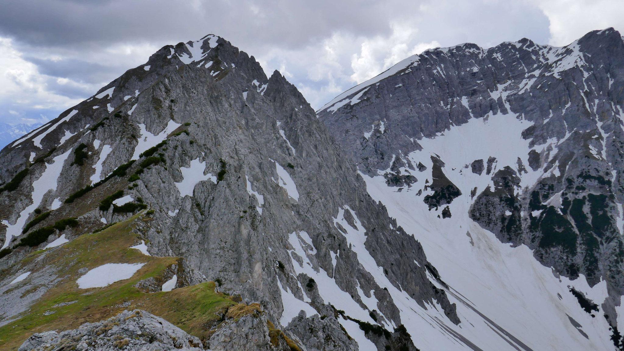 Latten- und Pfeiserspitze, rechts Stempeljoch