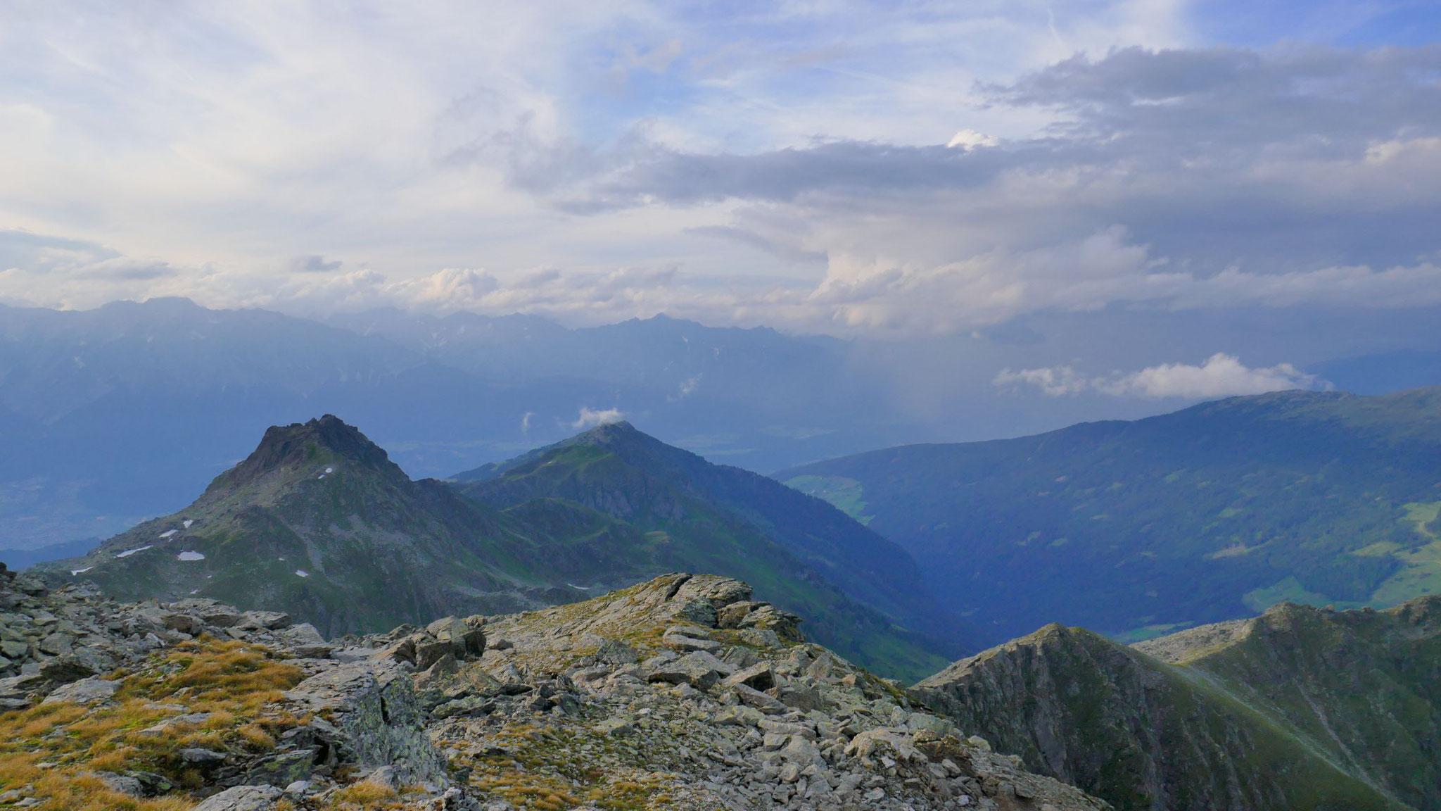 Über Haneburger zu Rosskopf, Wattenspitze und Largoz
