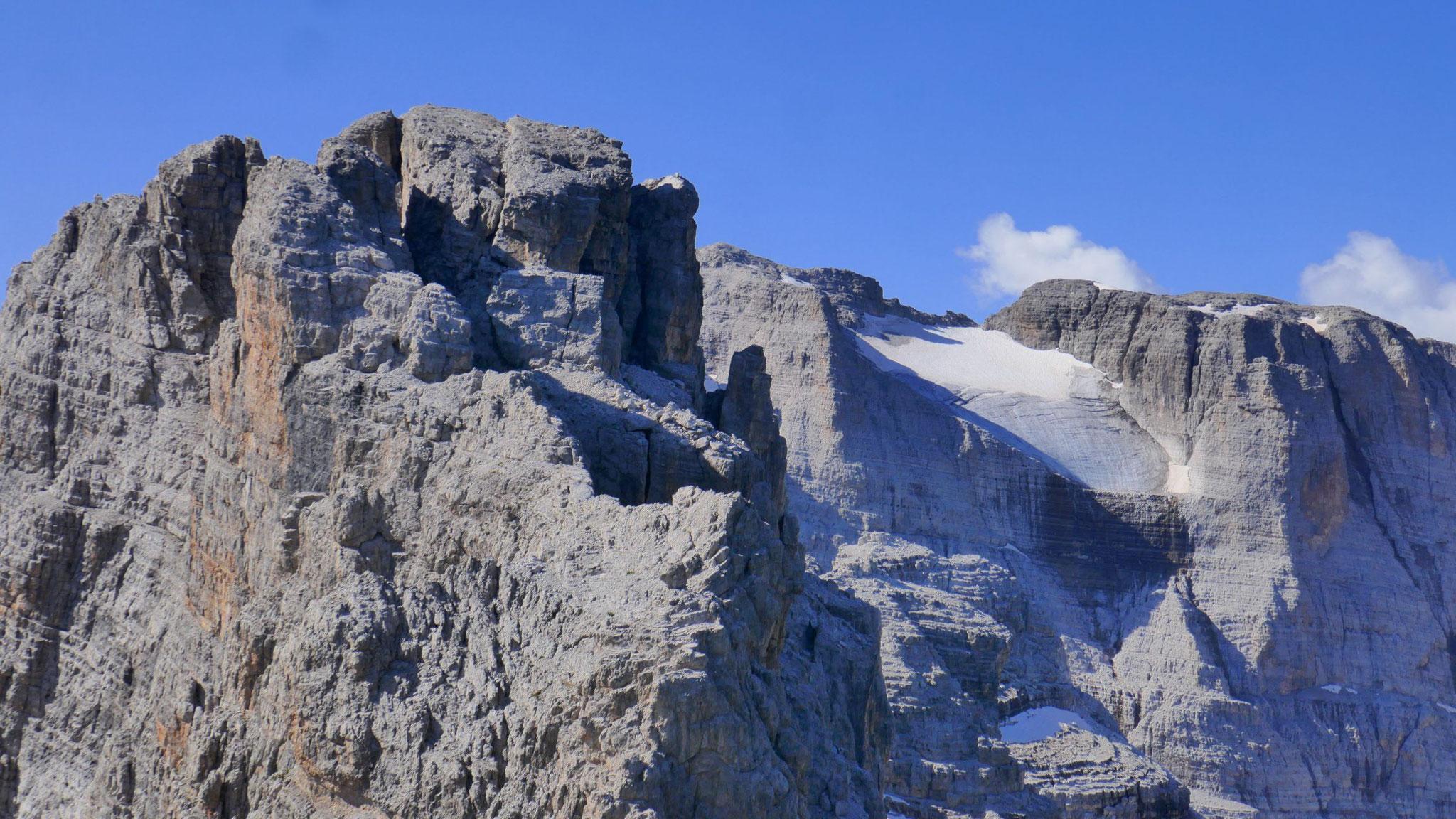 Cima Falkner vor Cima Brenta mit Gletscher