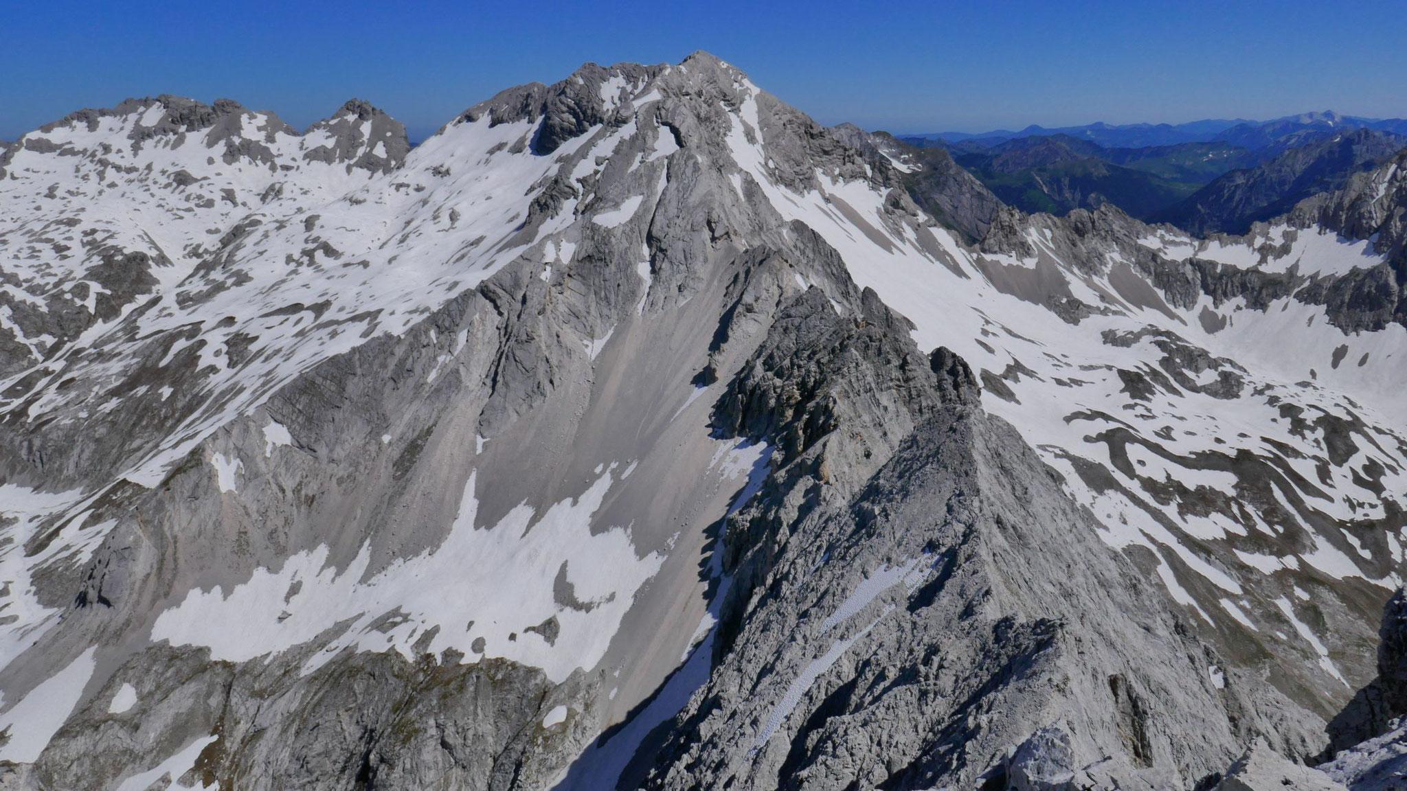 Grubenkarspitze, wo die südliche Rosslochumrahmung vom Hauptkamm abzweigt