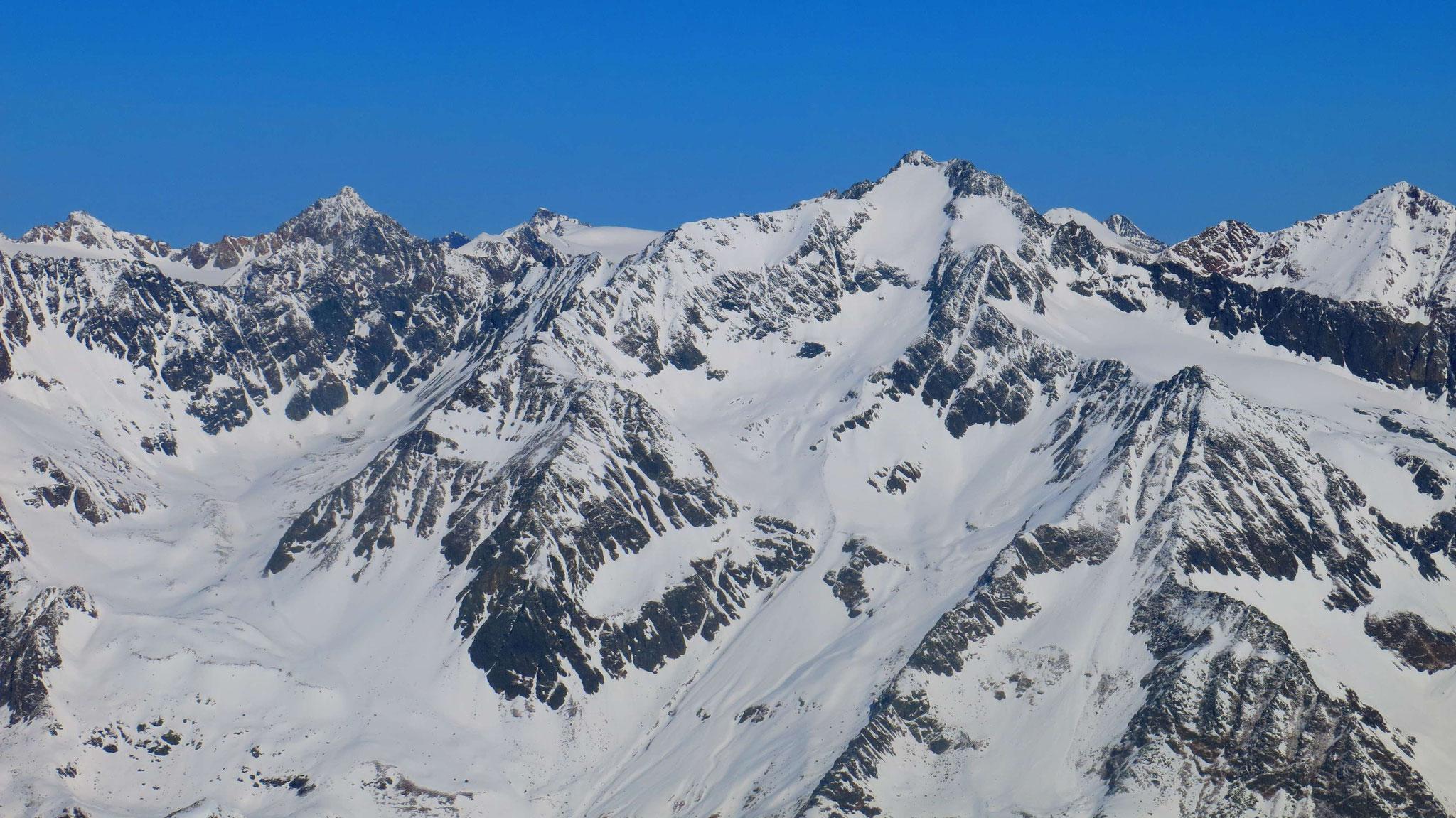 Ruderhofspitze rechts, Schrandele links