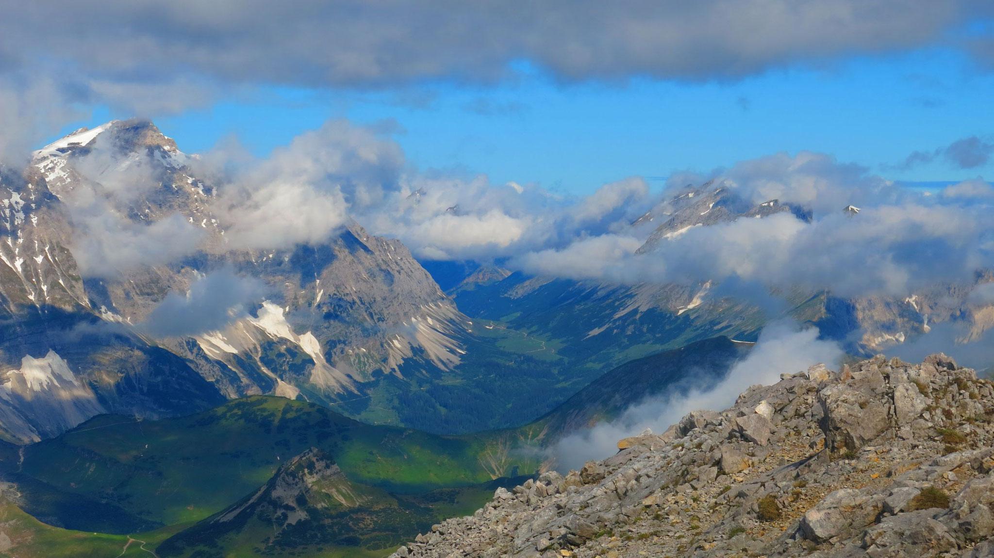 Richtung Hochalmsattel und Nördliche Karwendelkette