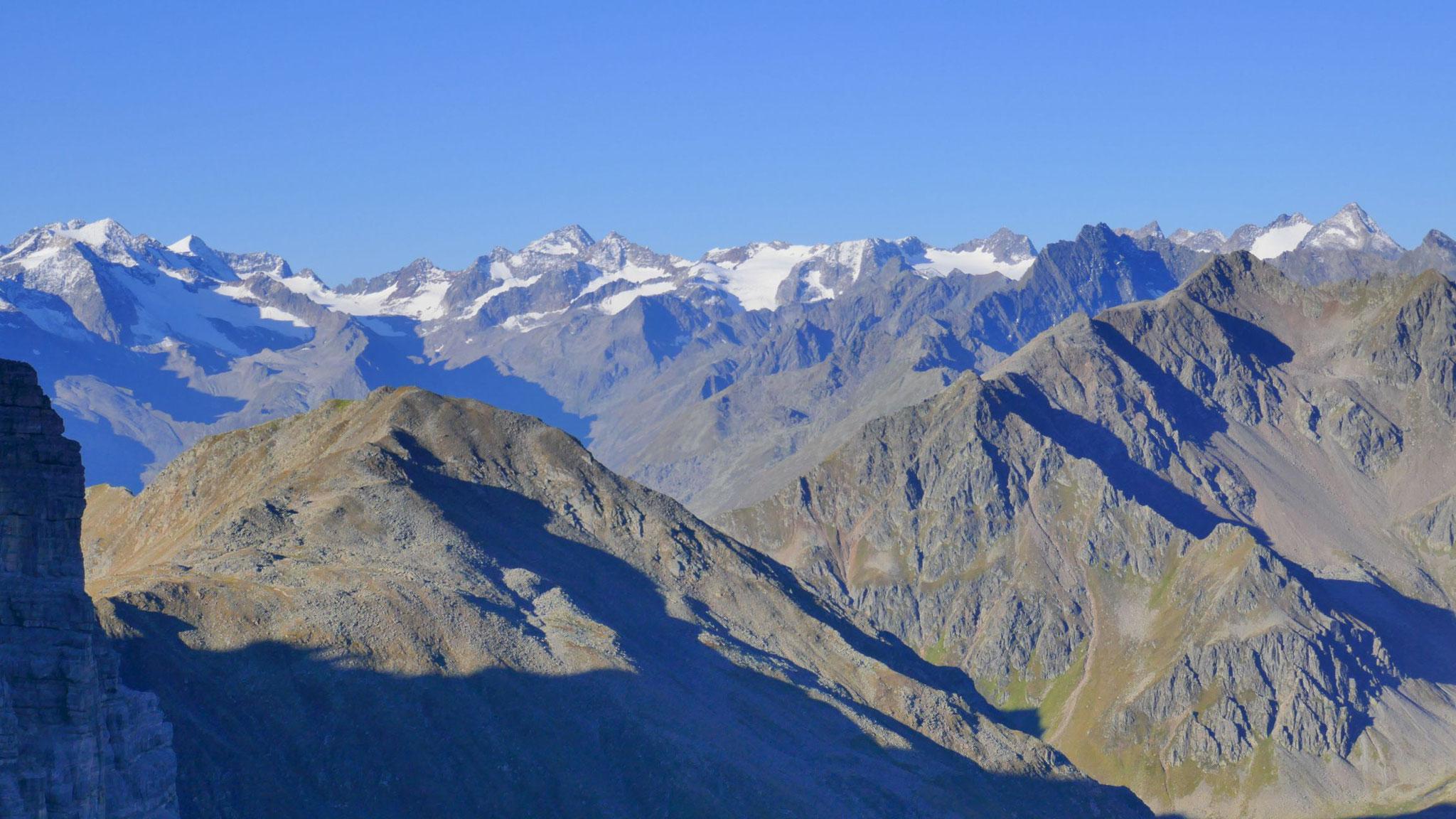 Alpeiner Berge und die Gipfel rund um den Lüsener Ferner