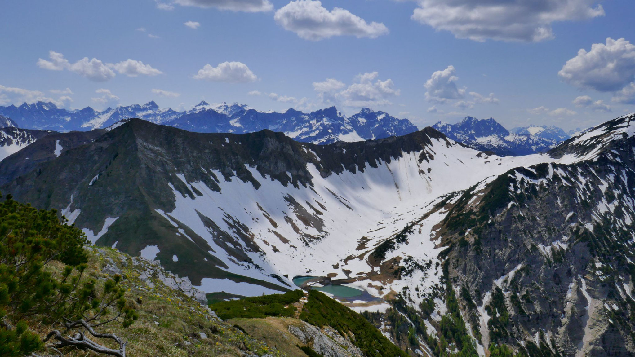 Delpsjoch, Delpsee, rechts oben Delpssattel