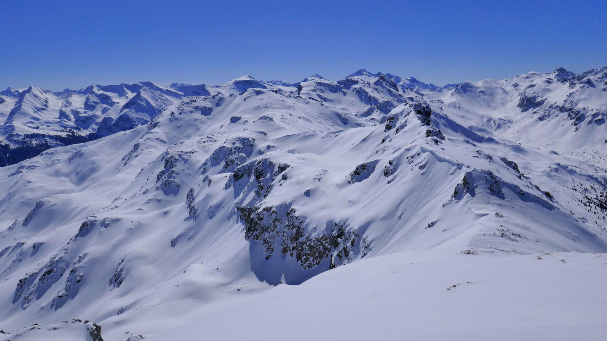Der südliche Hirzerkamm mit Eiskar-, Torspitze und Grauer Wand