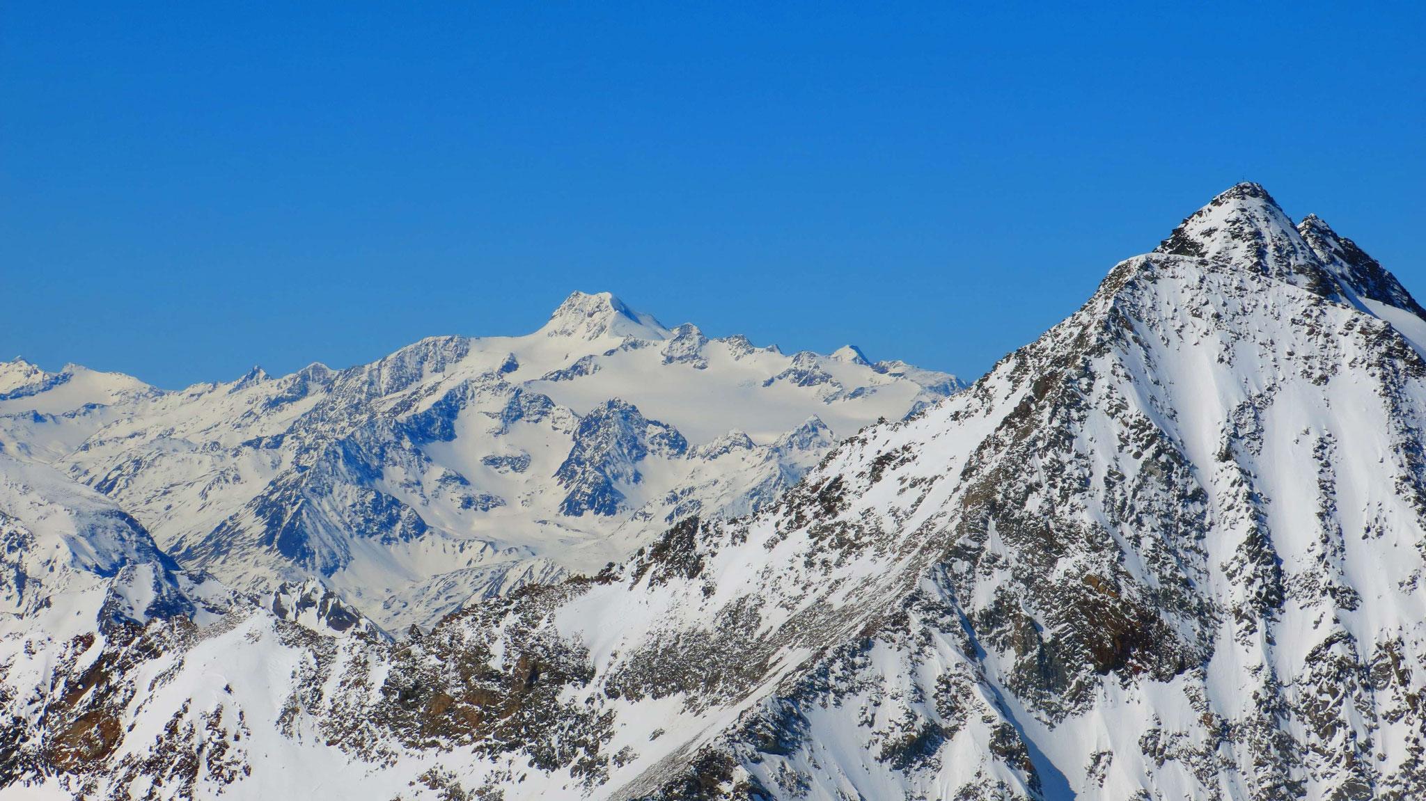 Wildspitze neben Zuckerhütl