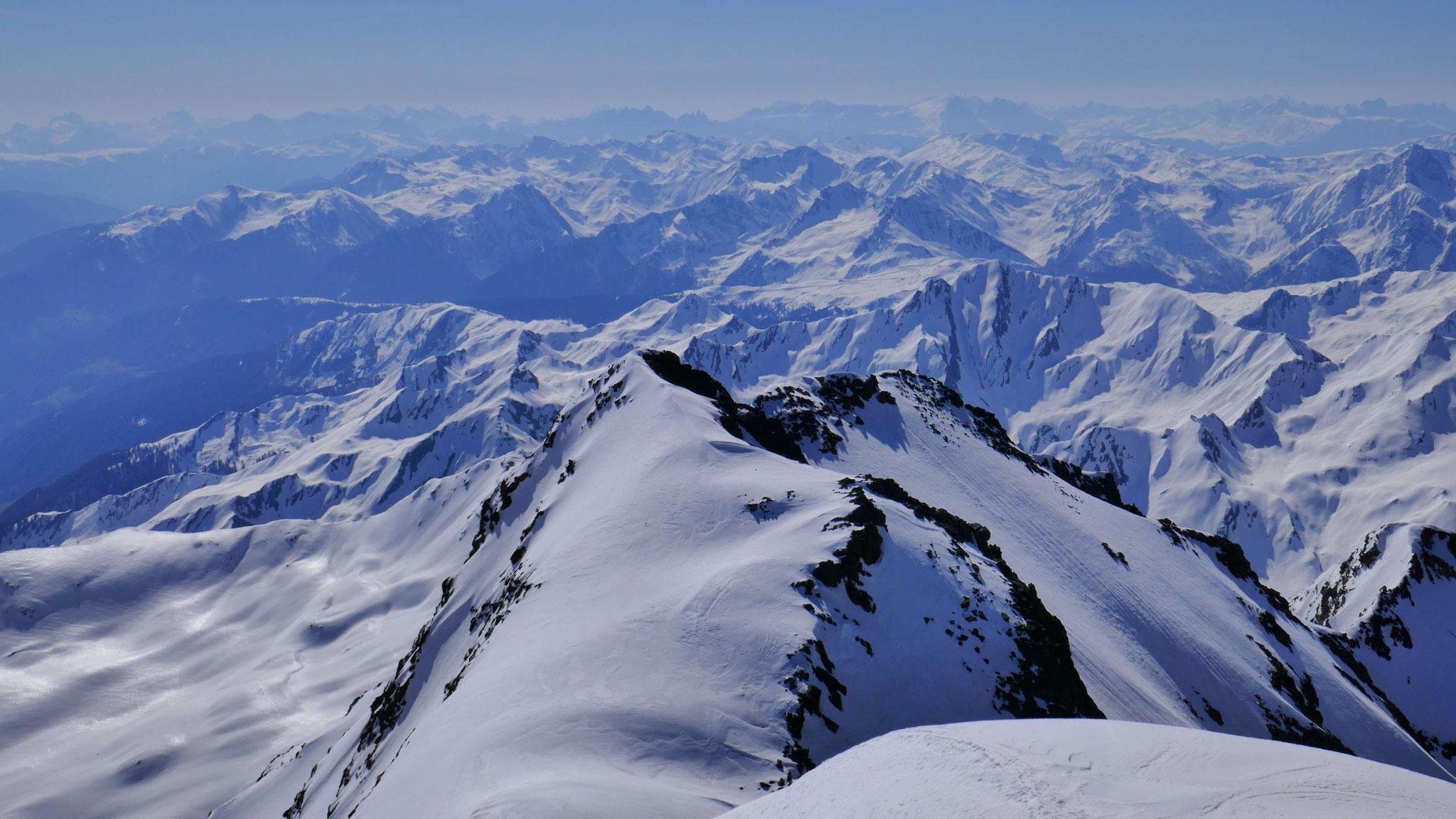 Sarntaler Alpen und Dolomiten