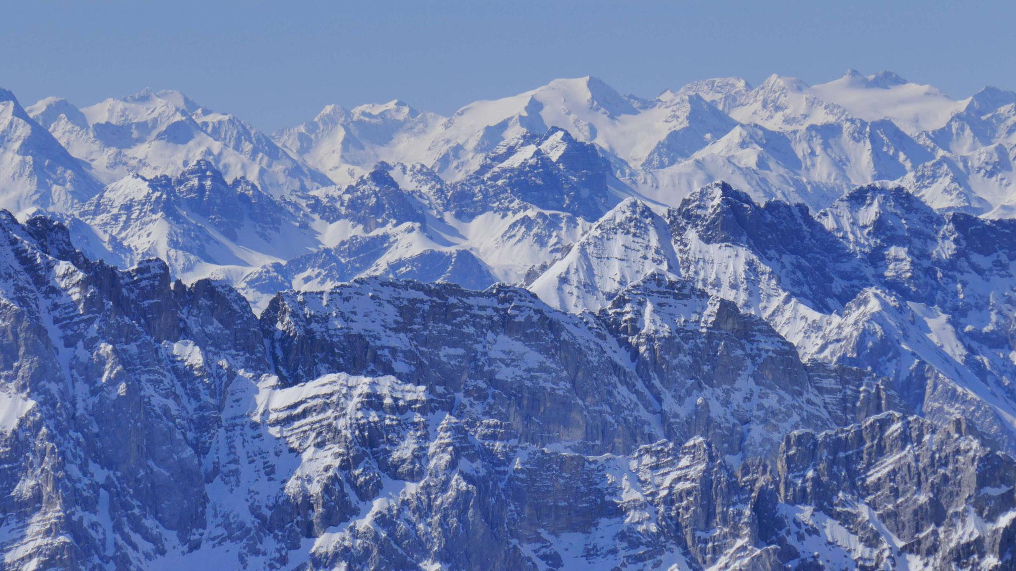 Über Barthgrat und Katzenkopf in die Stubaier Gletscherberge