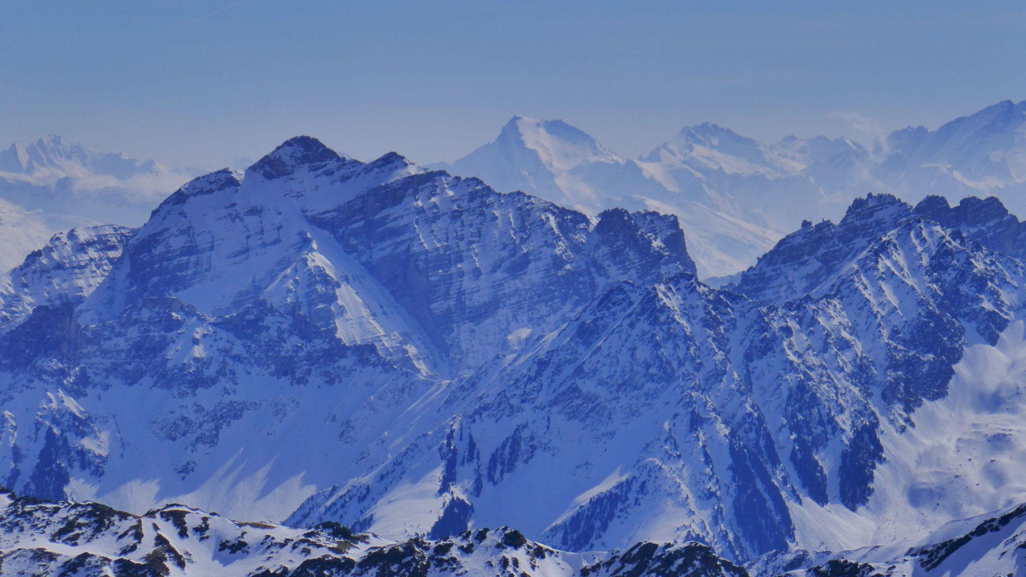 Kirchdachspitze vor Grabspitze
